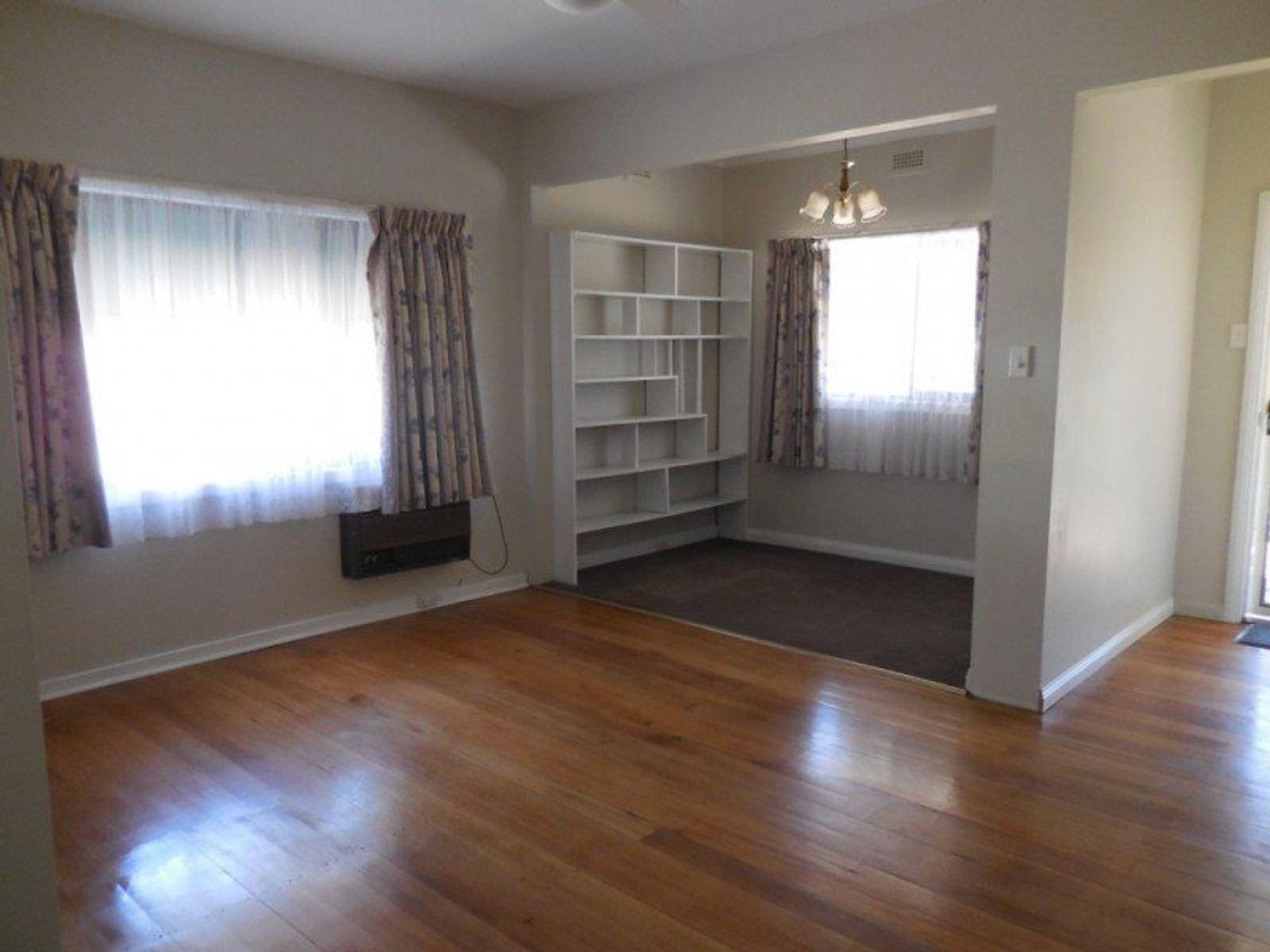 25 Waratah Street, White Hills, VIC 3550