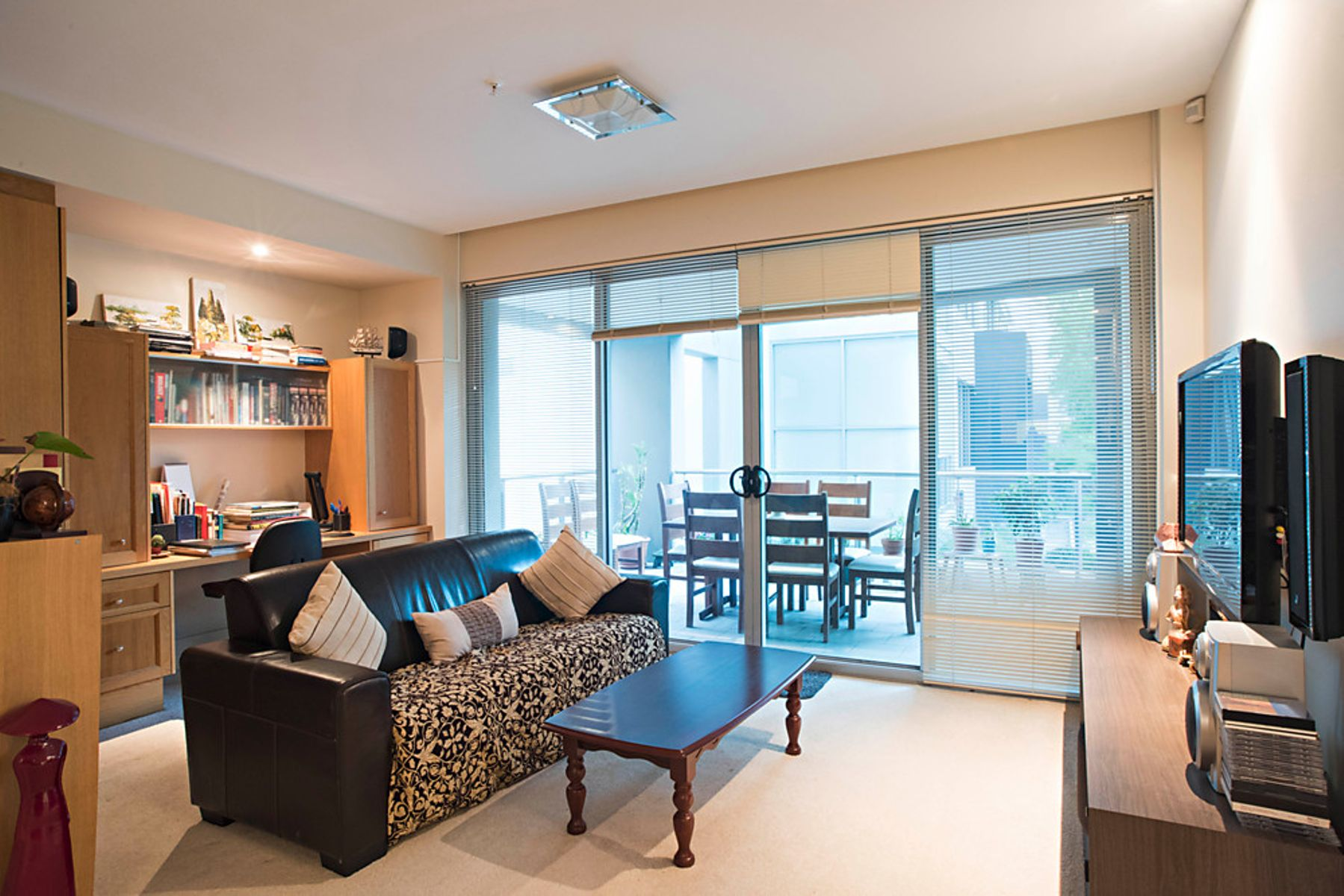 Realmark :: 9/42 Terrace Road, East Perth, WA 6004