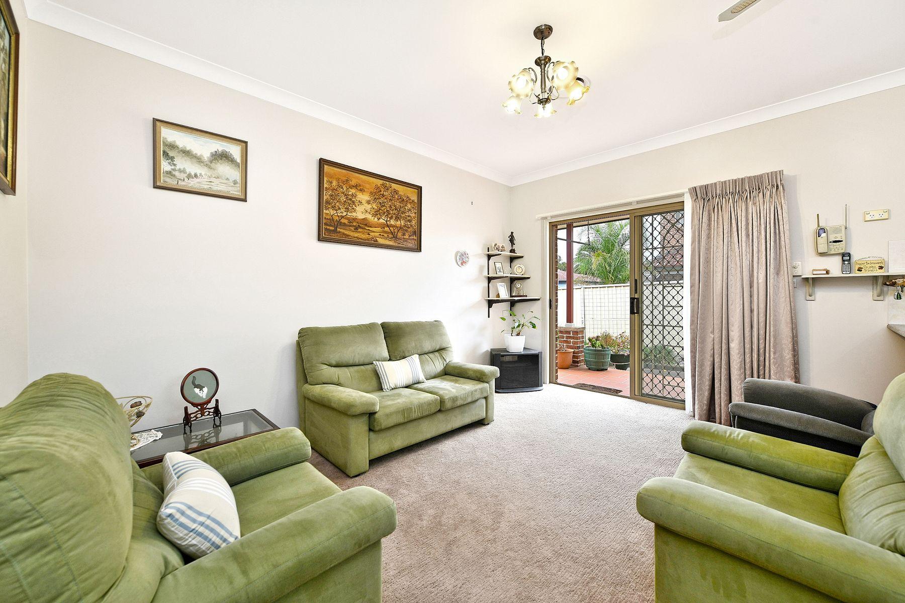 2/1A Proctor pde, Sefton, NSW 2162