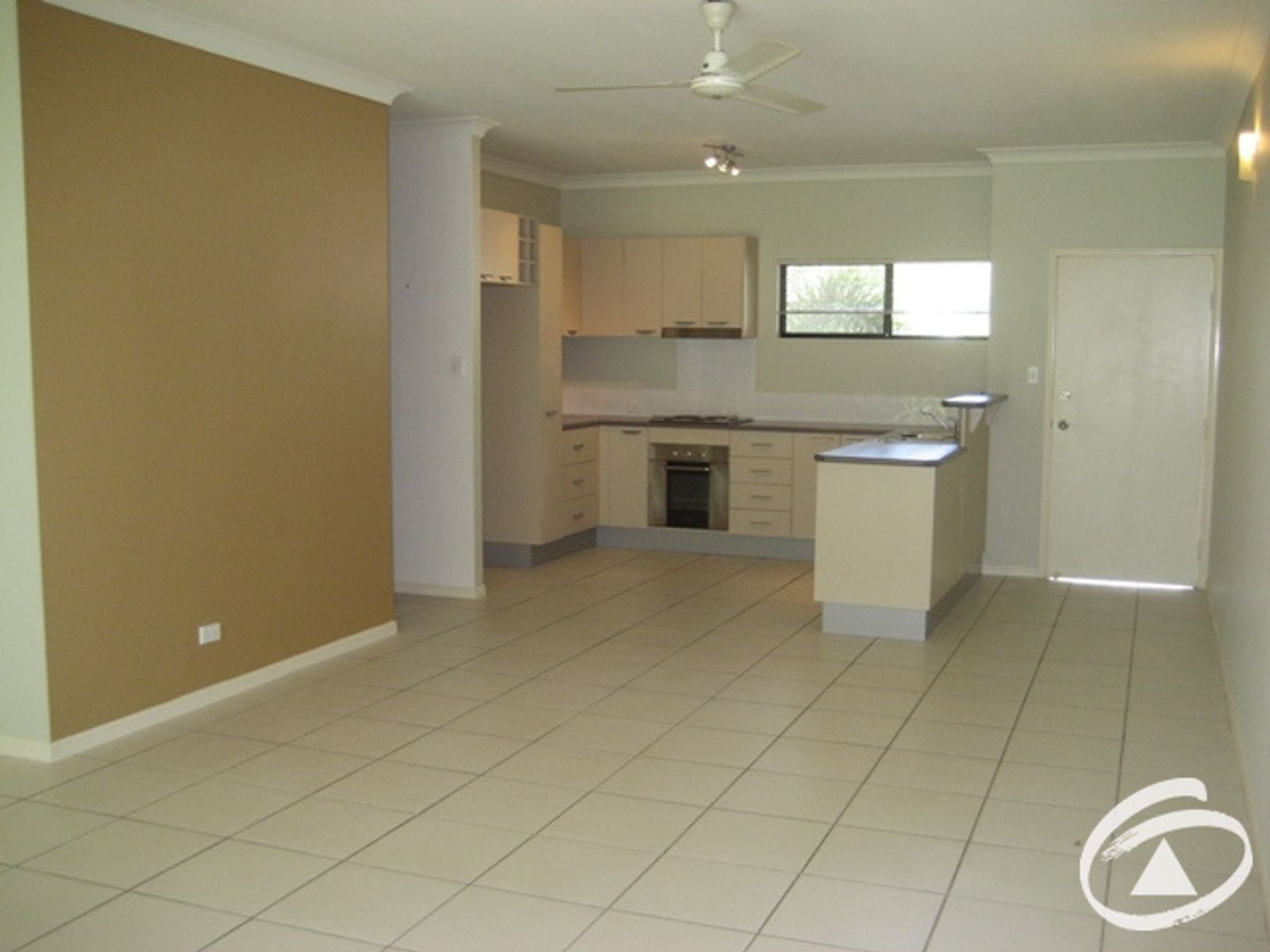 8/199 Kamerunga Road, Freshwater, QLD 4870