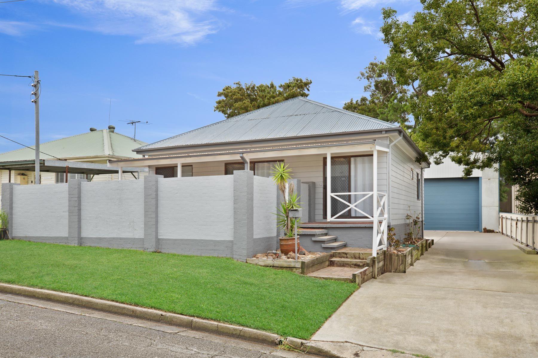 14 Ferry Road, Sandgate, NSW 2304