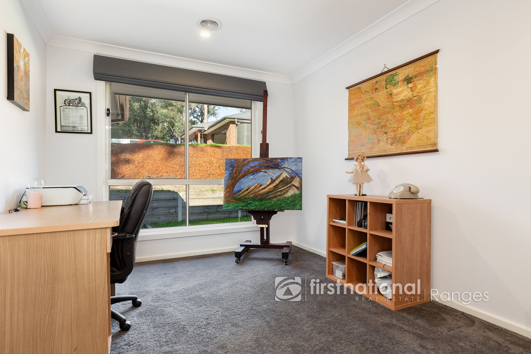 13 Belgrave Avenue, Cockatoo, VIC 3781