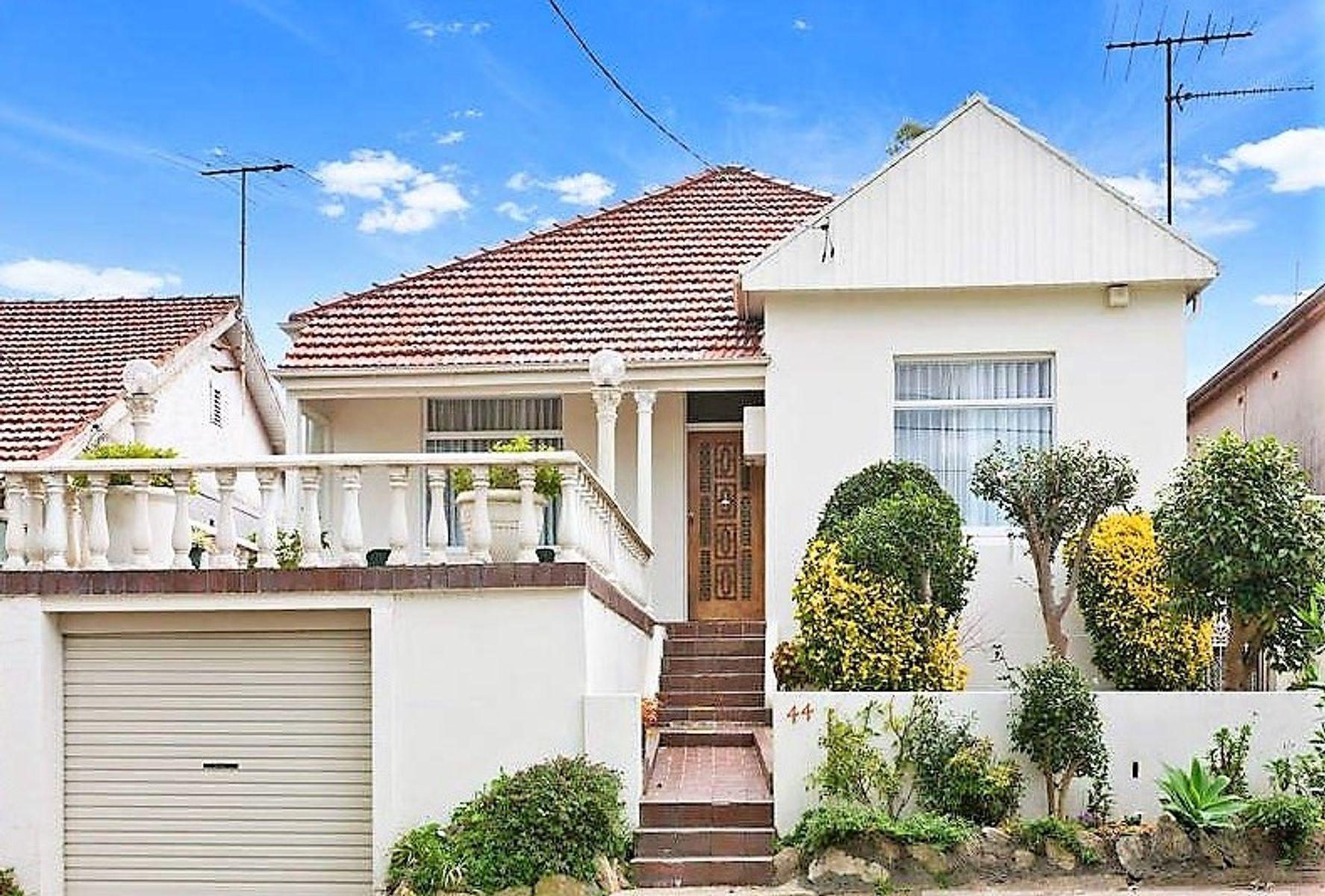 44 Starkey Street, Hurlstone Park, NSW 2193