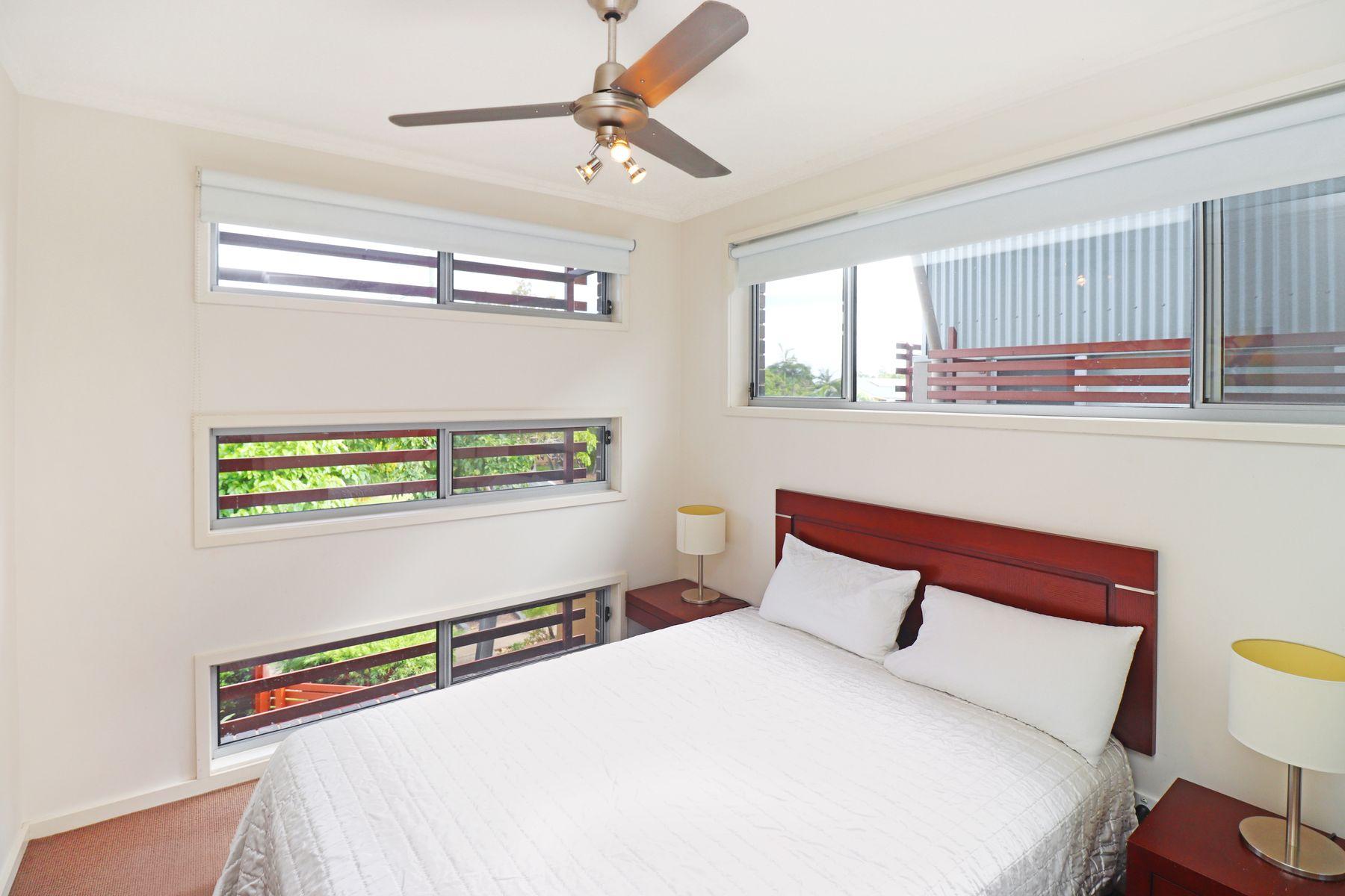 5/80  Moolyyir Street, Urangan, QLD 4655
