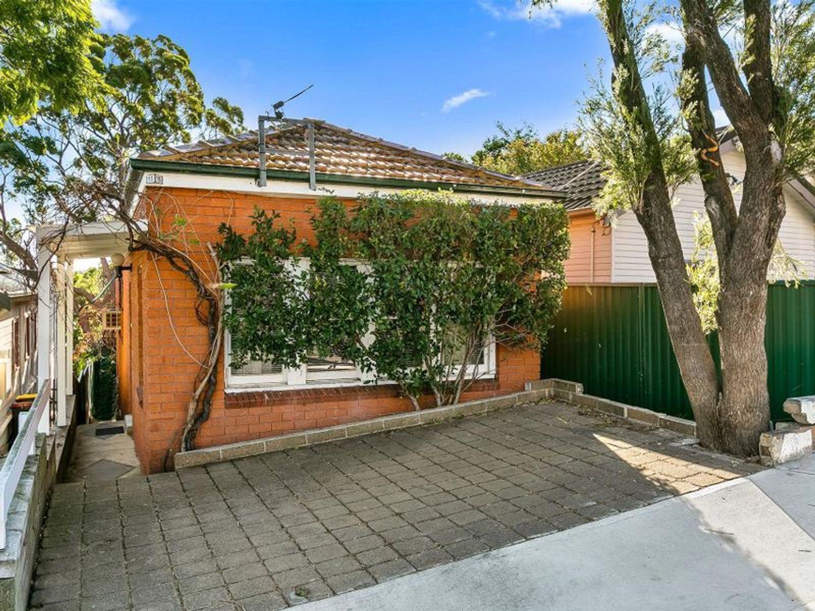 15 Caroline Street, Earlwood, NSW 2206