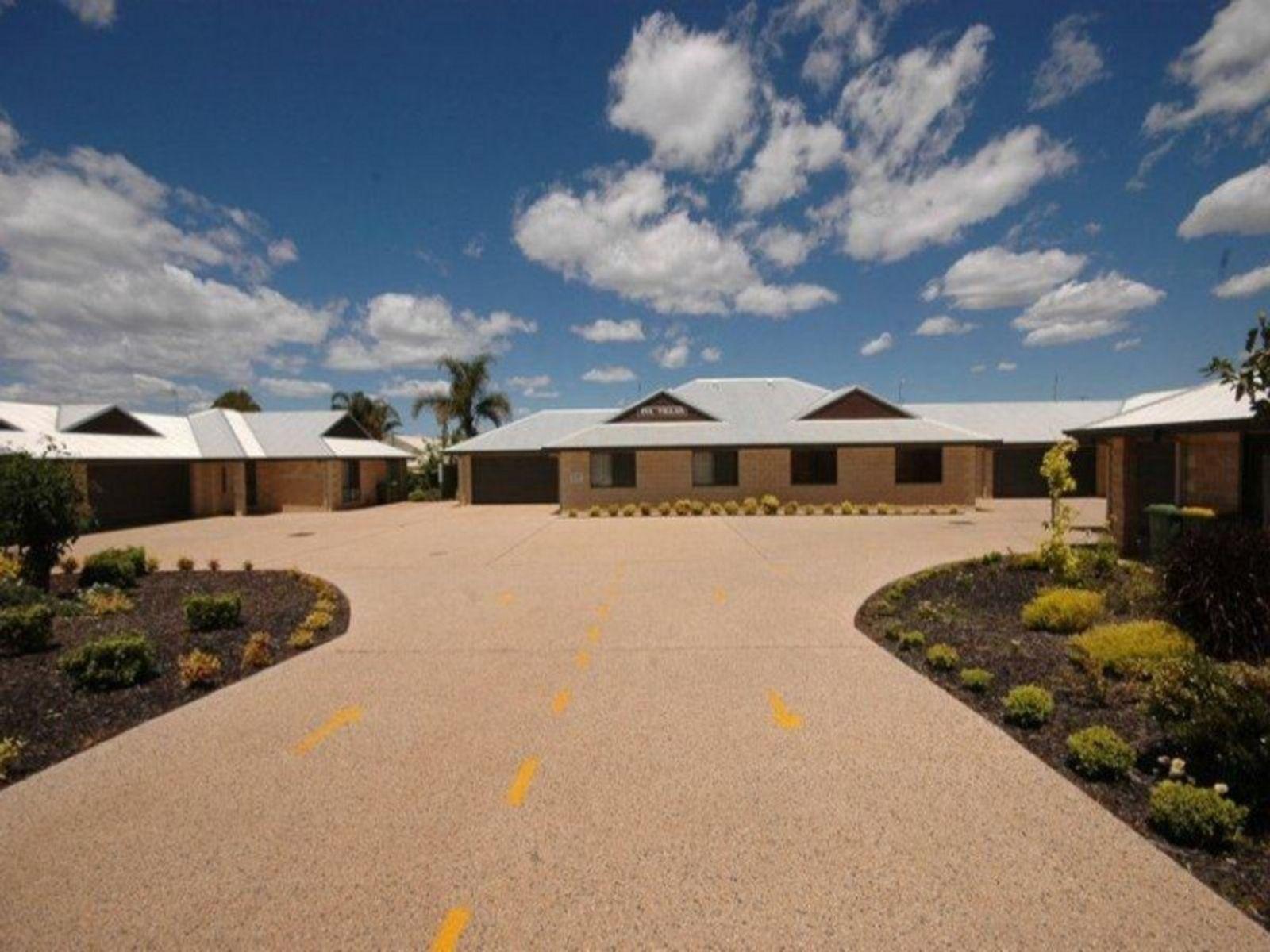 7/14 Uniplaza Court, Kearneys Spring, QLD 4350