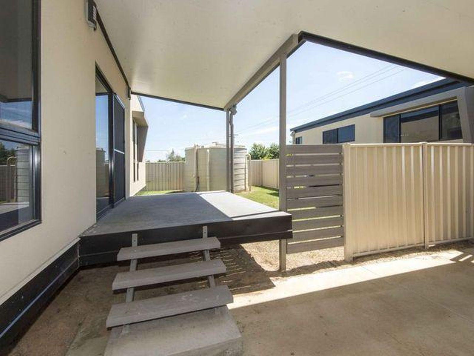 7/51 Kemmis Street, Nebo, QLD 4742