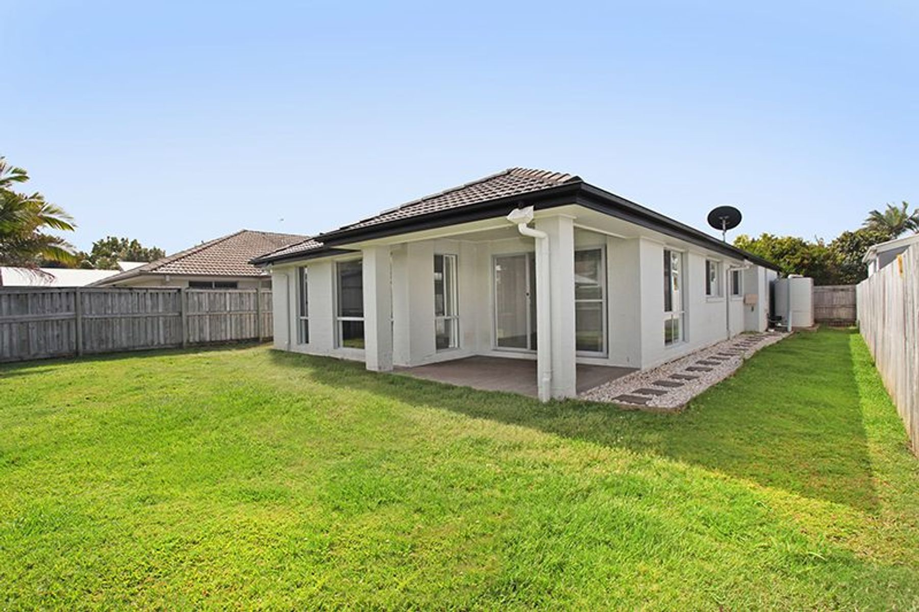11 Peppermint Cres, Sippy Downs, QLD 4556