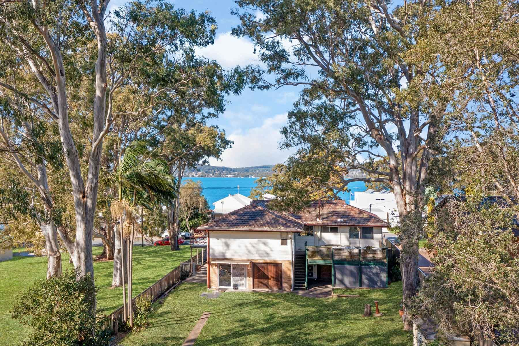 33 George Street, Marmong Point, NSW 2284