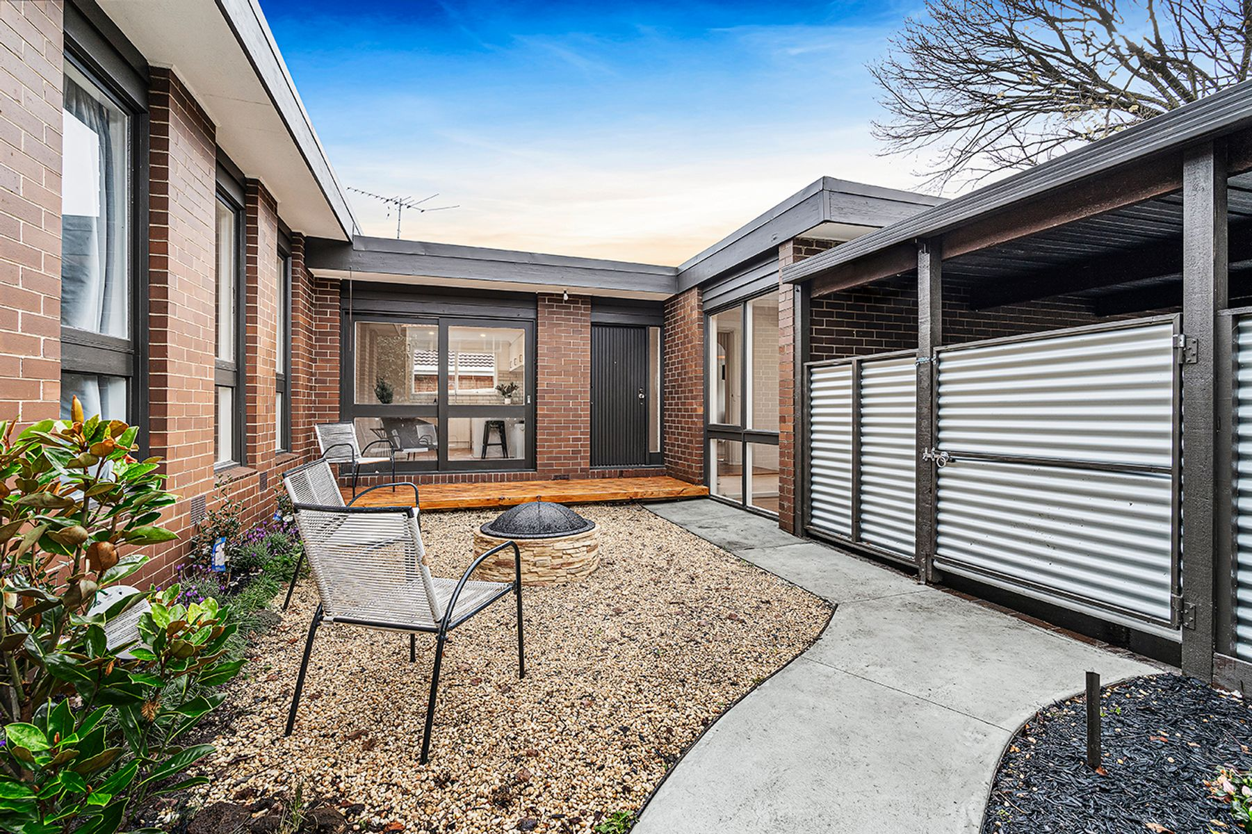6 Western Way, Mooroolbark, VIC 3138