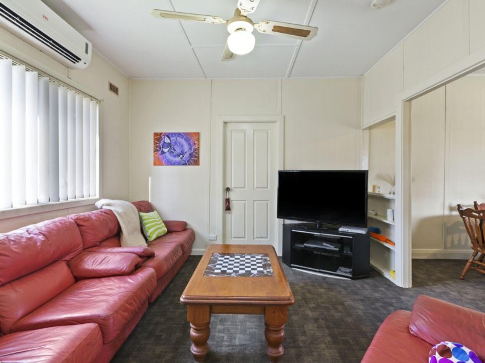 63 Pearce Road, Kanwal, NSW 2259