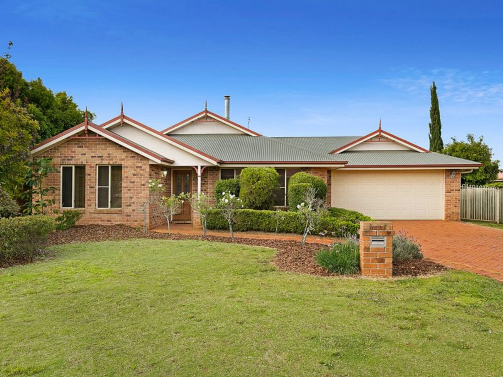 7 Kruiswijk Court, Middle Ridge, QLD 4350