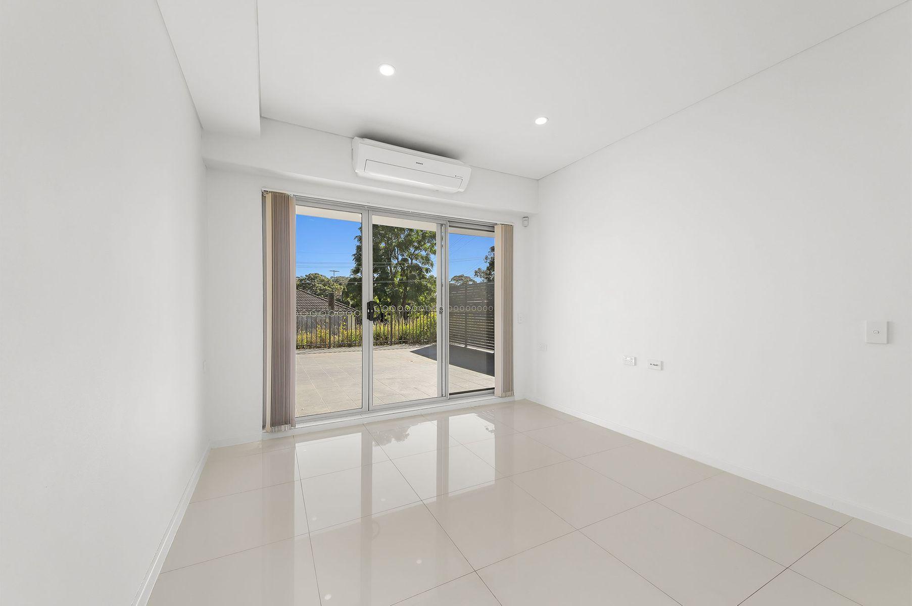 2/1-3 Hugh Avenue, Peakhurst, NSW 2210