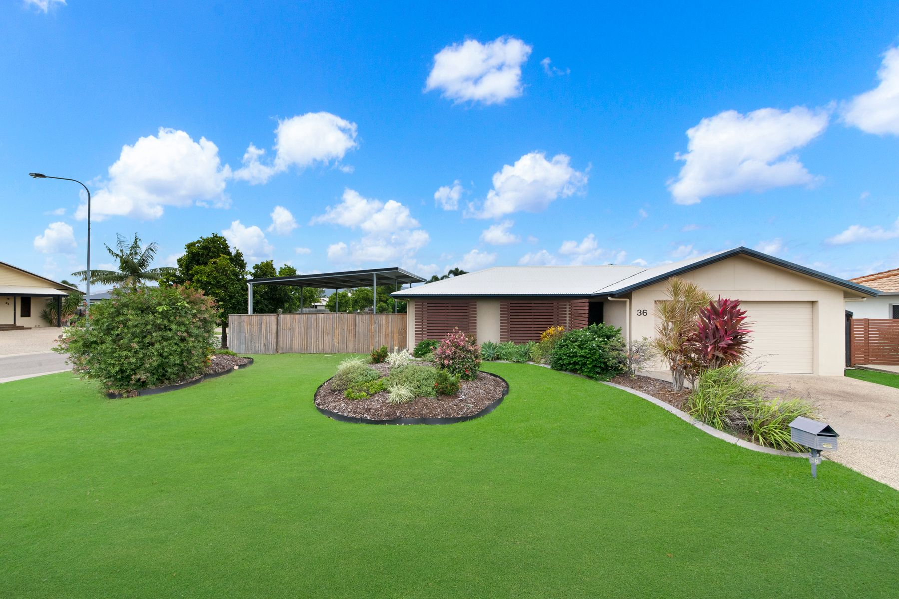 36 Bamboo Crescent, Mount Louisa, QLD 4814