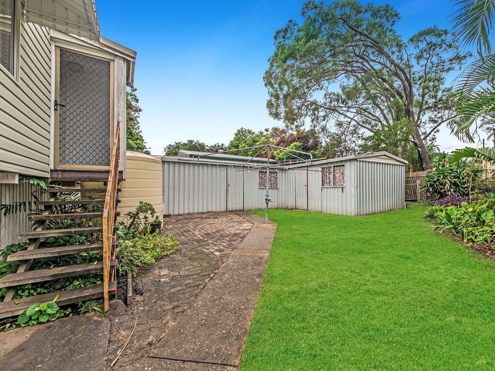 23 Lawson Street, Oxley, QLD 4075