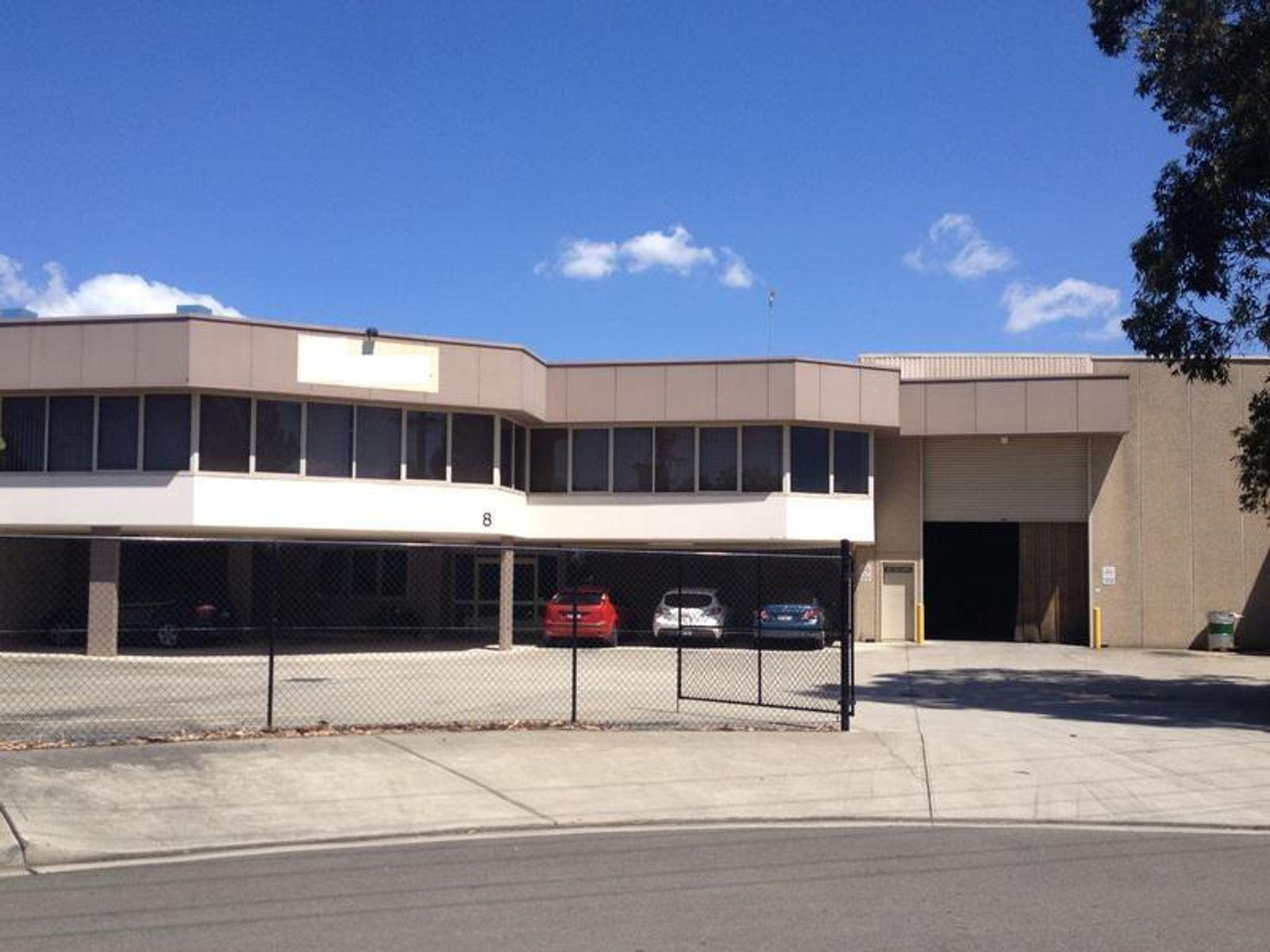 8 St James Place, Seven Hills, NSW 2147