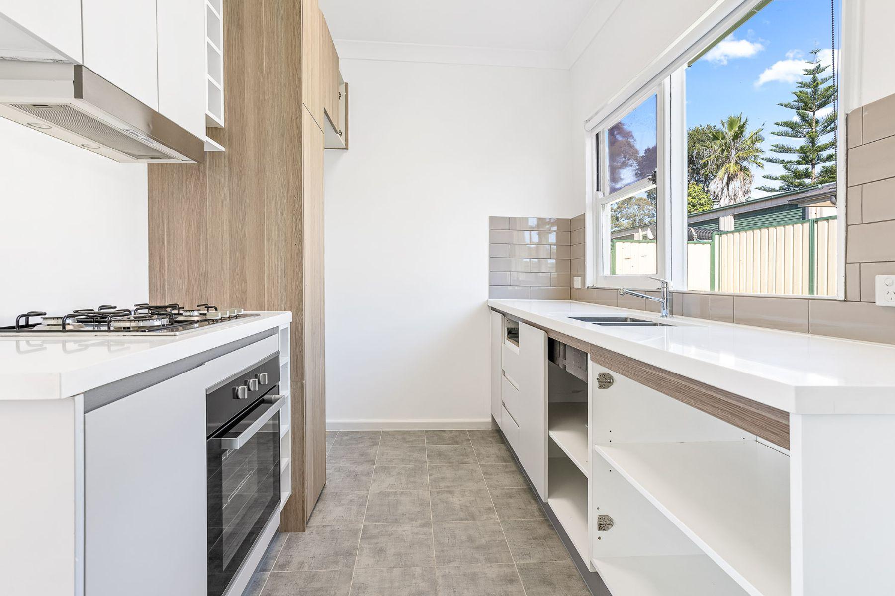 28 Laybutt Street, Lalor Park, NSW 2147