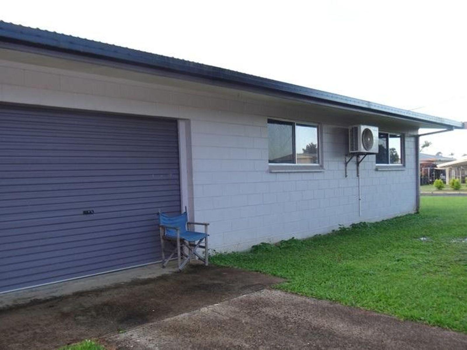 17 DAYMAN Street, Goondi Bend, QLD 4860