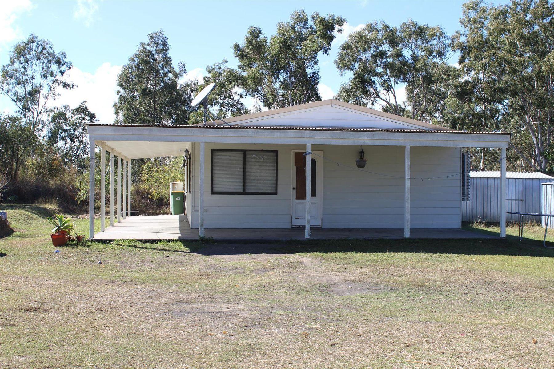 5 Lawrie Road, Sarina Range, QLD 4737