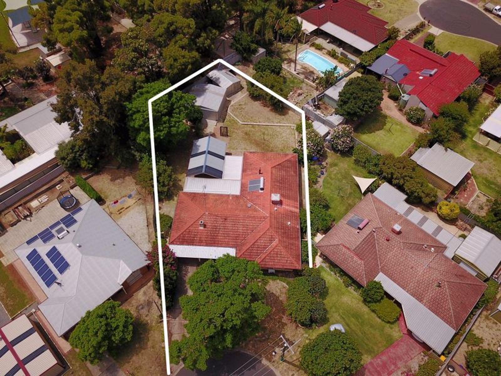 31 Alexander Drive, Waroona, WA 6215