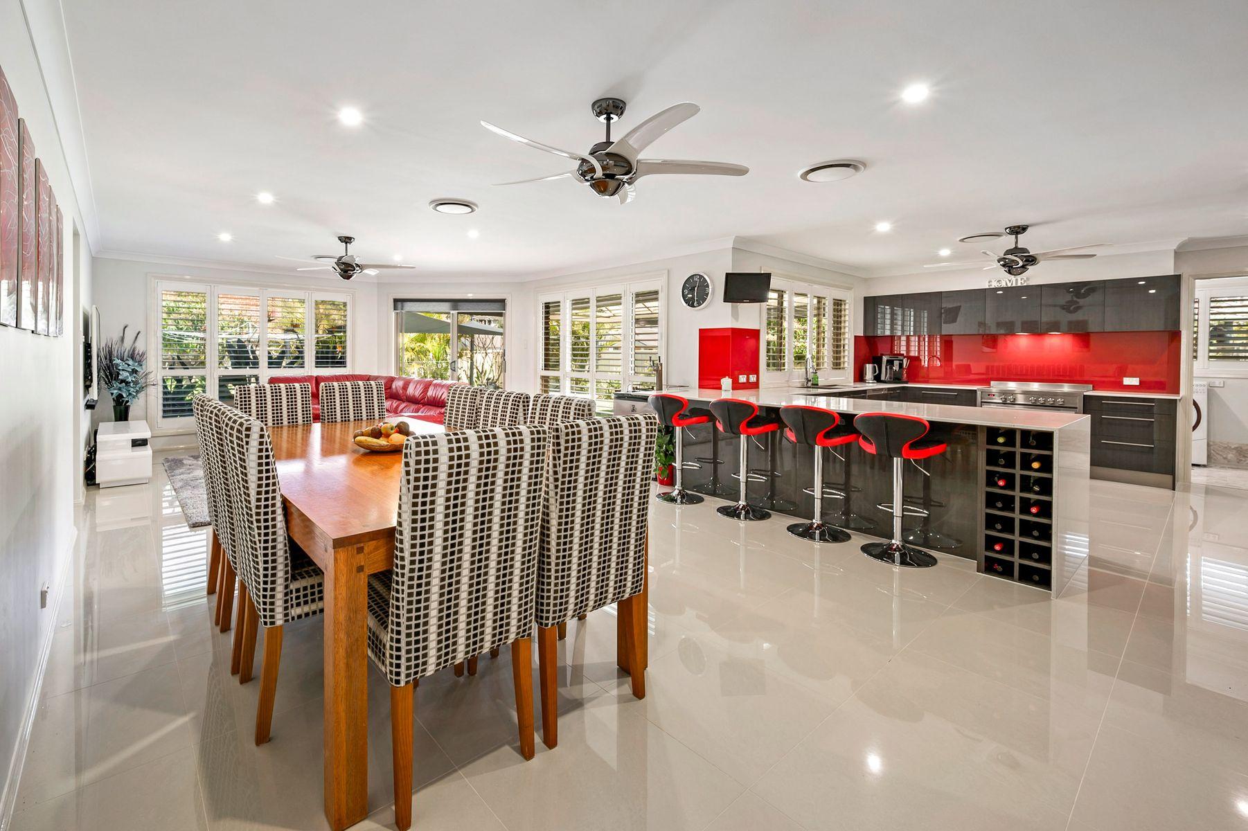39 Green Point Drive, Belmont, NSW 2280
