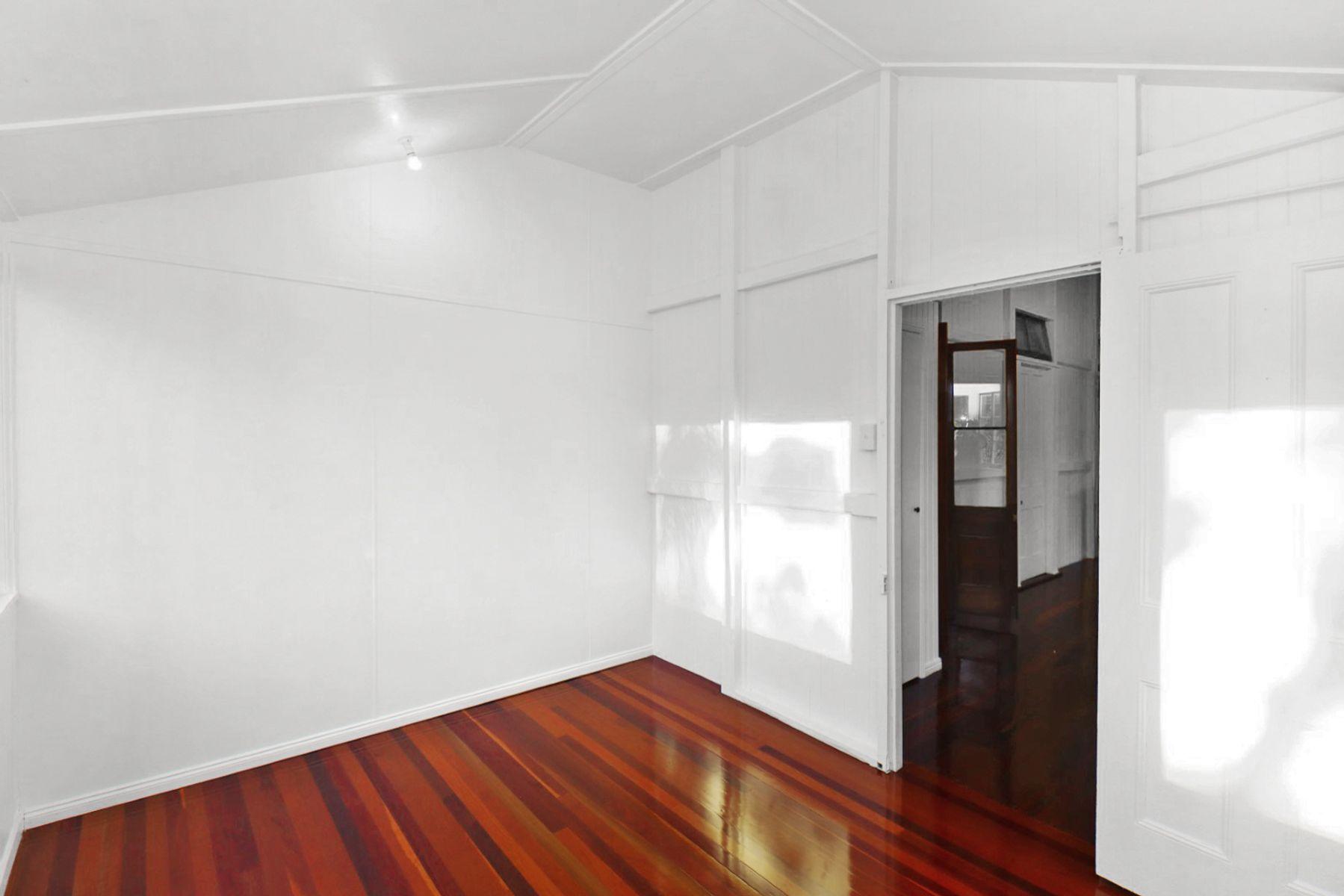 35-37 Henks Court, Craignish, QLD 4655