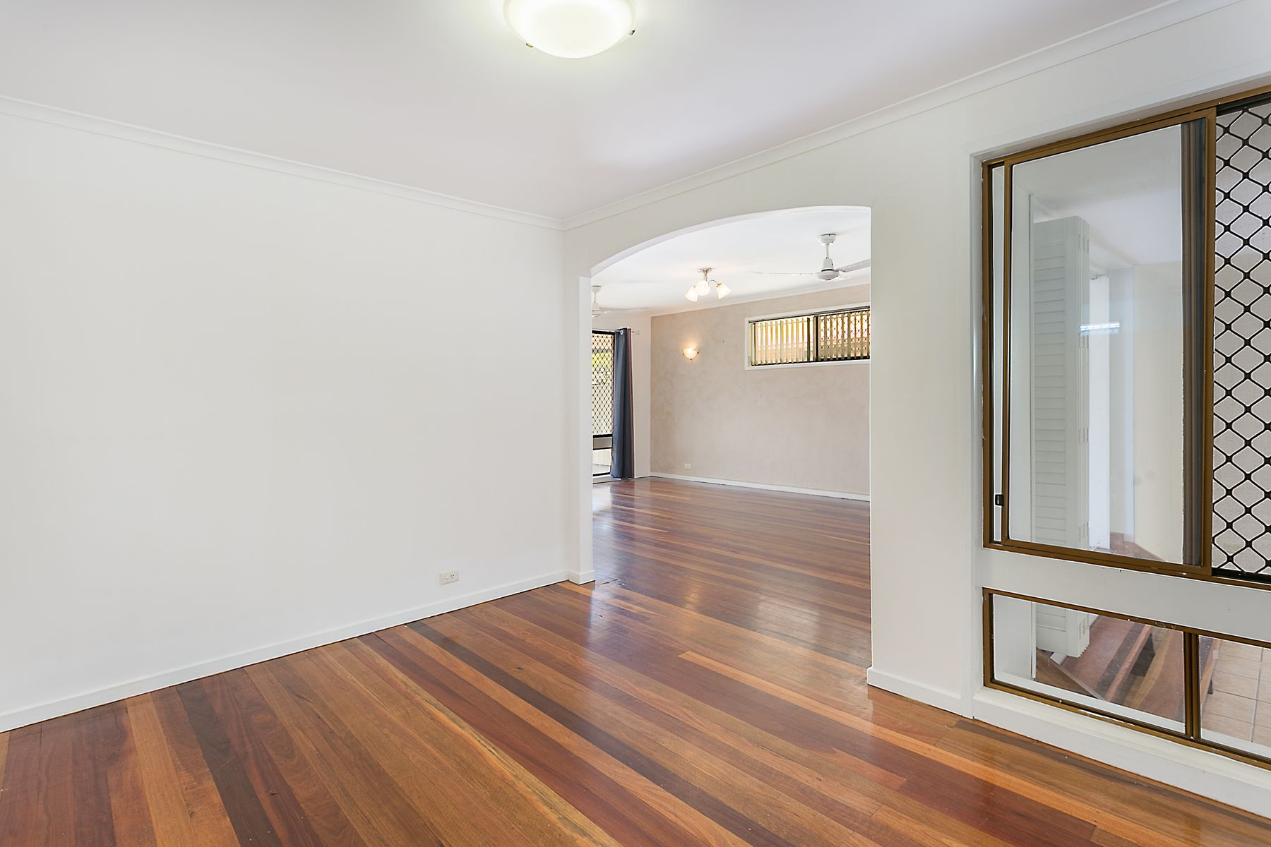 18 Cullen Street, Bundamba, QLD 4304