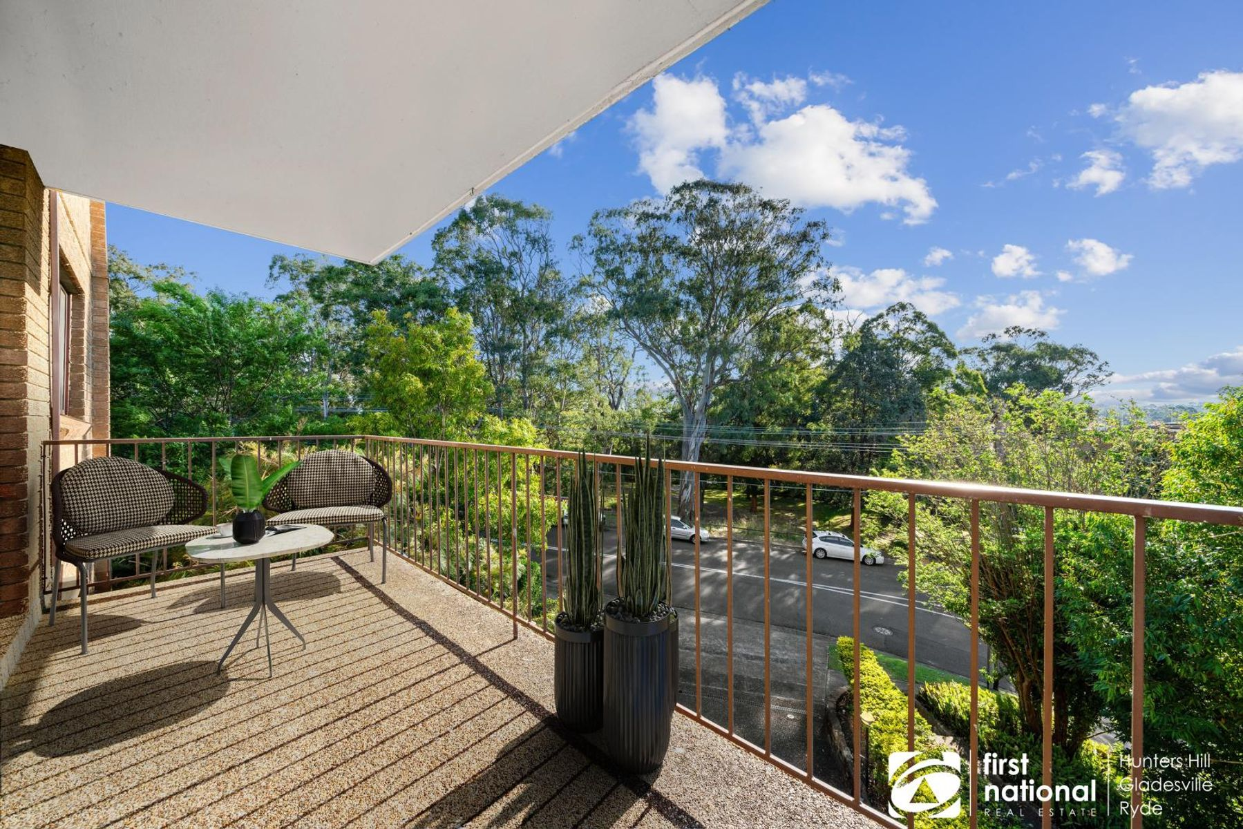 2/13 Meadow Crescent, Meadowbank, NSW 2114