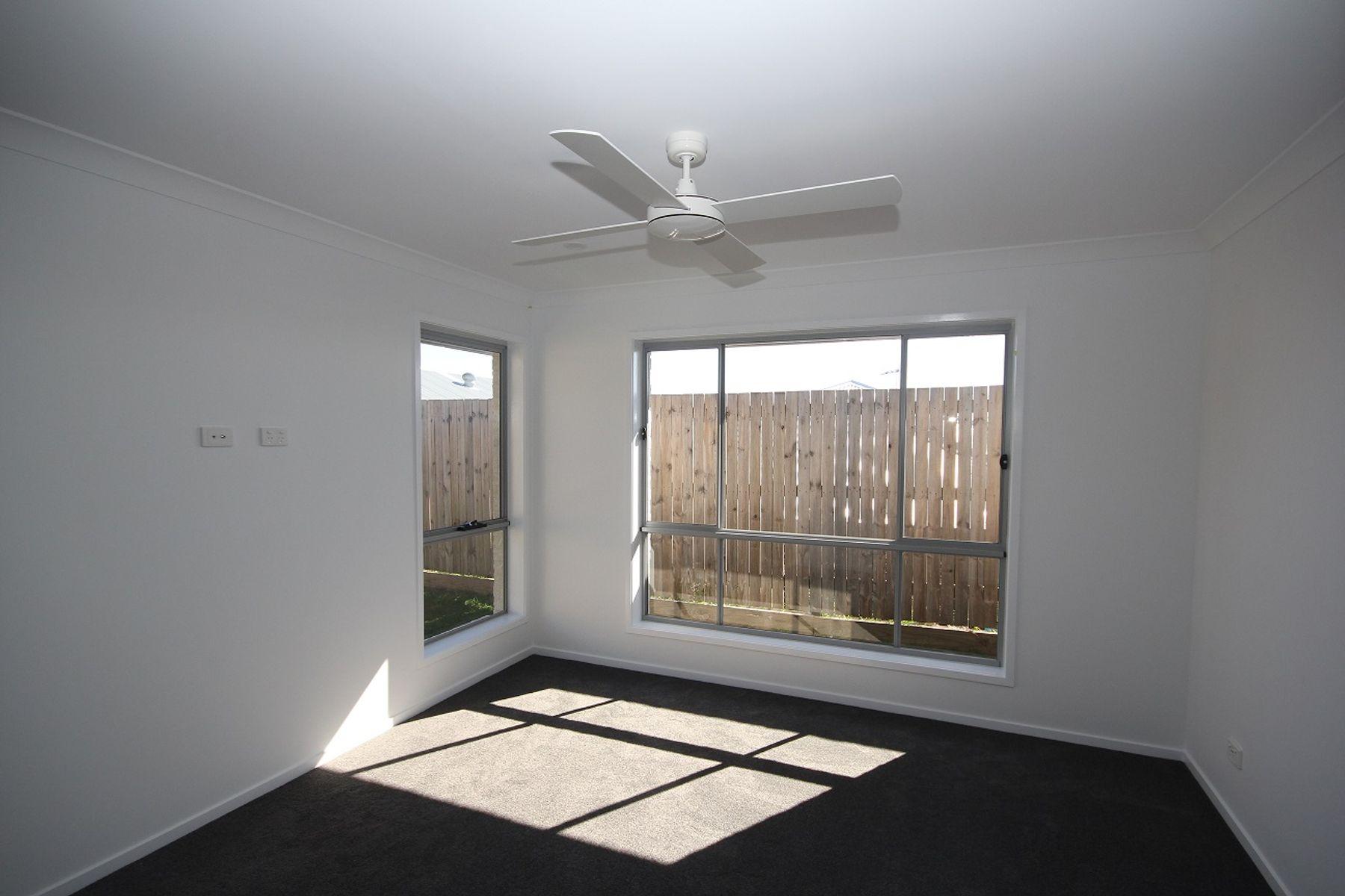 13 Flannery Terrace, Park Ridge, QLD 4125