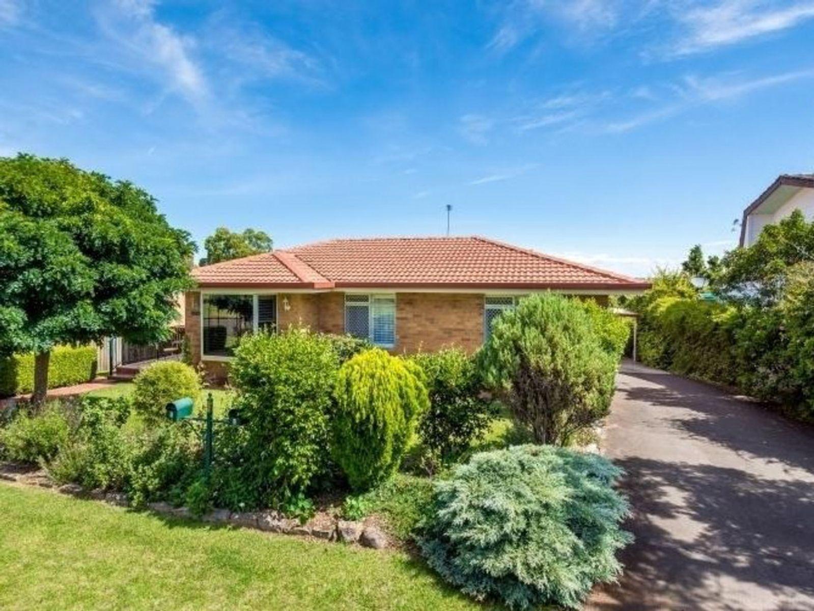 1/37 Barrymount Crescent, Mount Lofty, QLD 4350