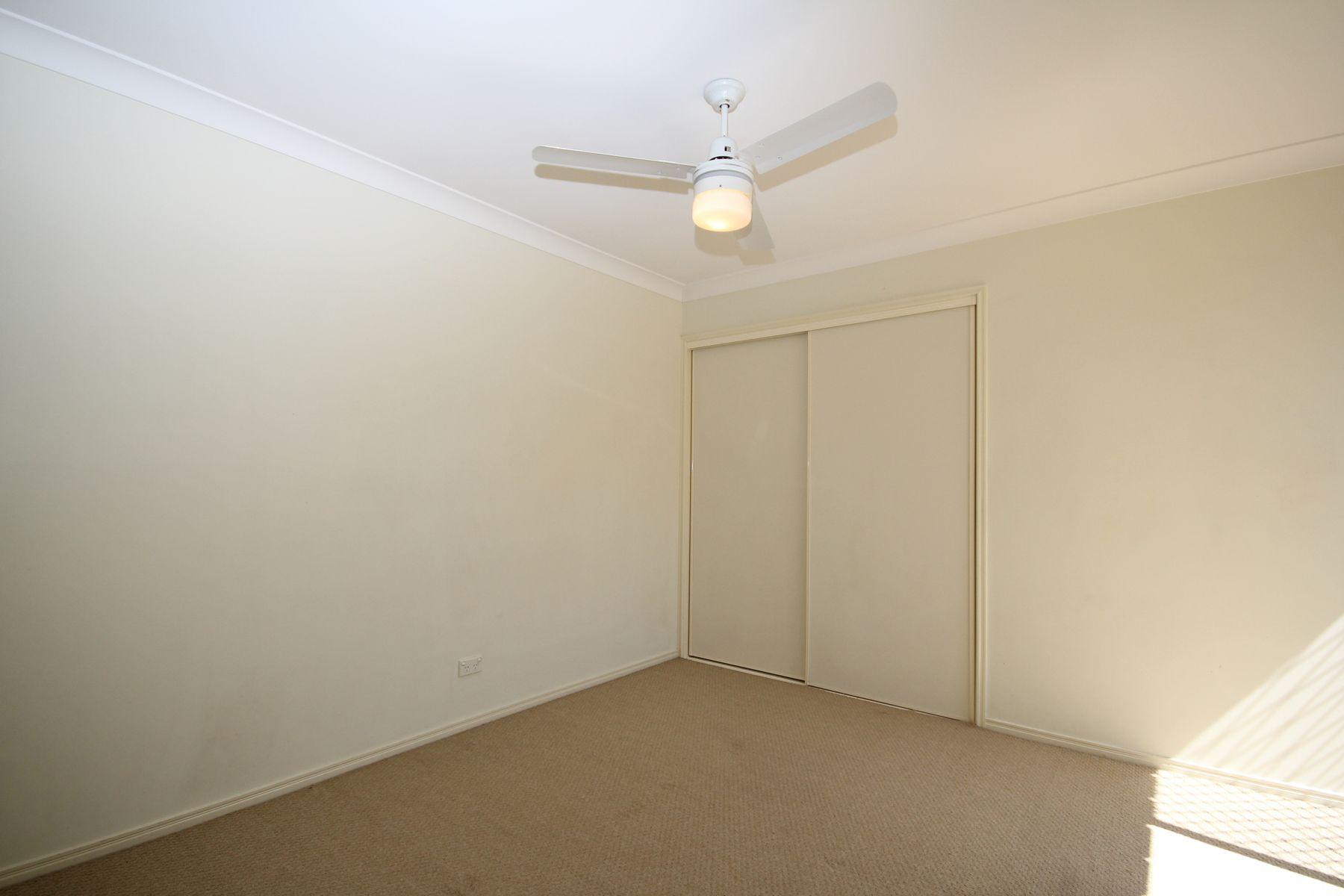 9 Rae Close, Camira, QLD 4300