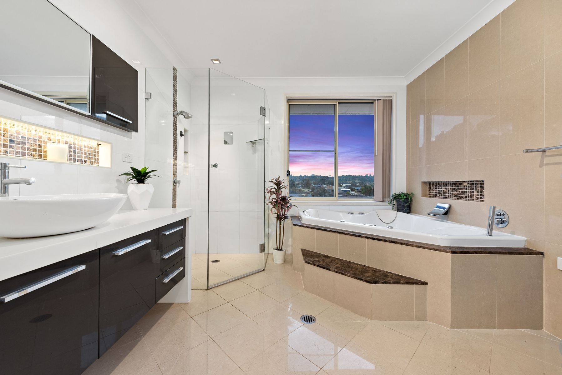 13 Beechcraft Avenue, Raby, NSW 2566