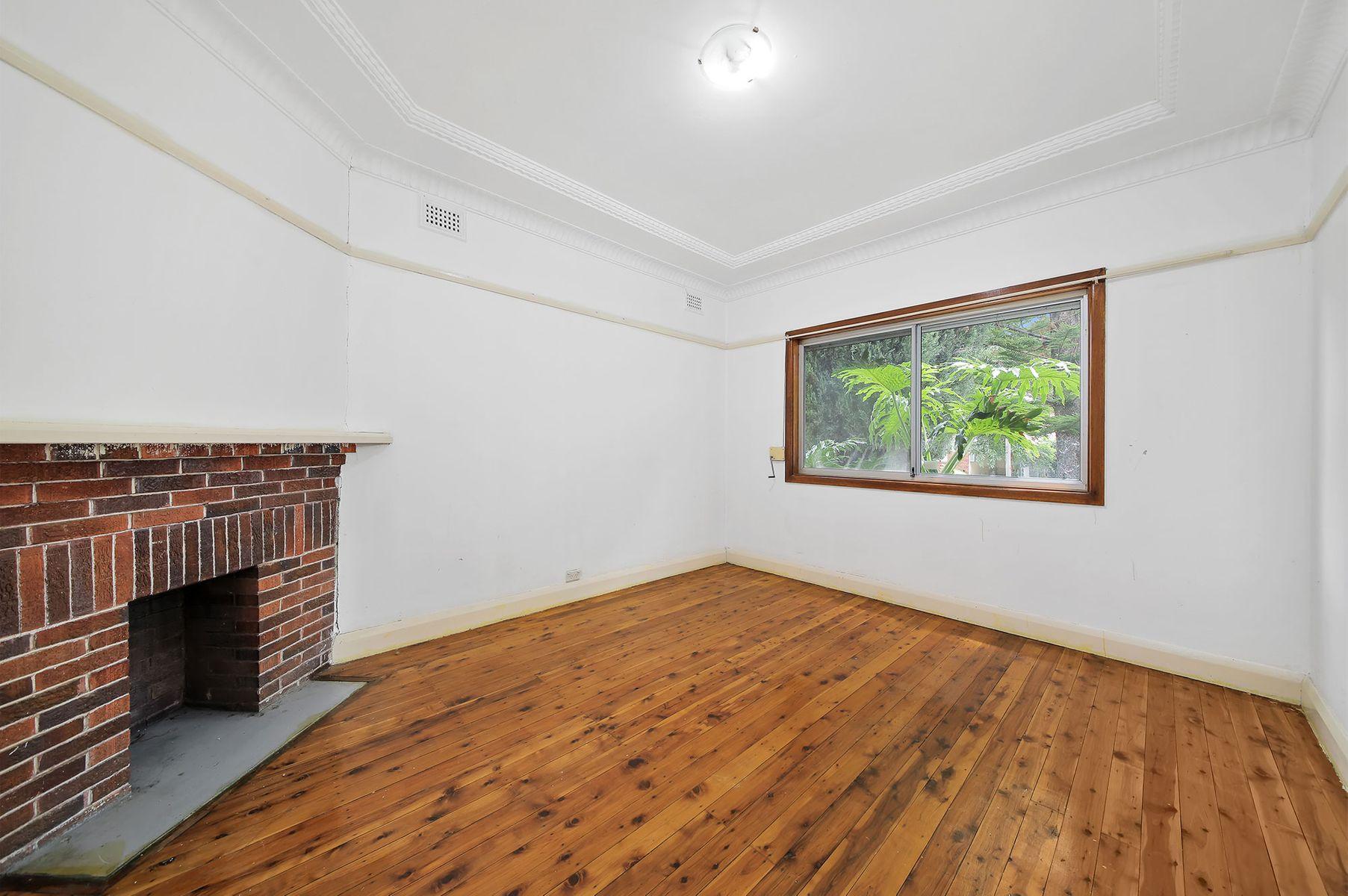 17 Reynolds St, Bankstown, NSW 2200