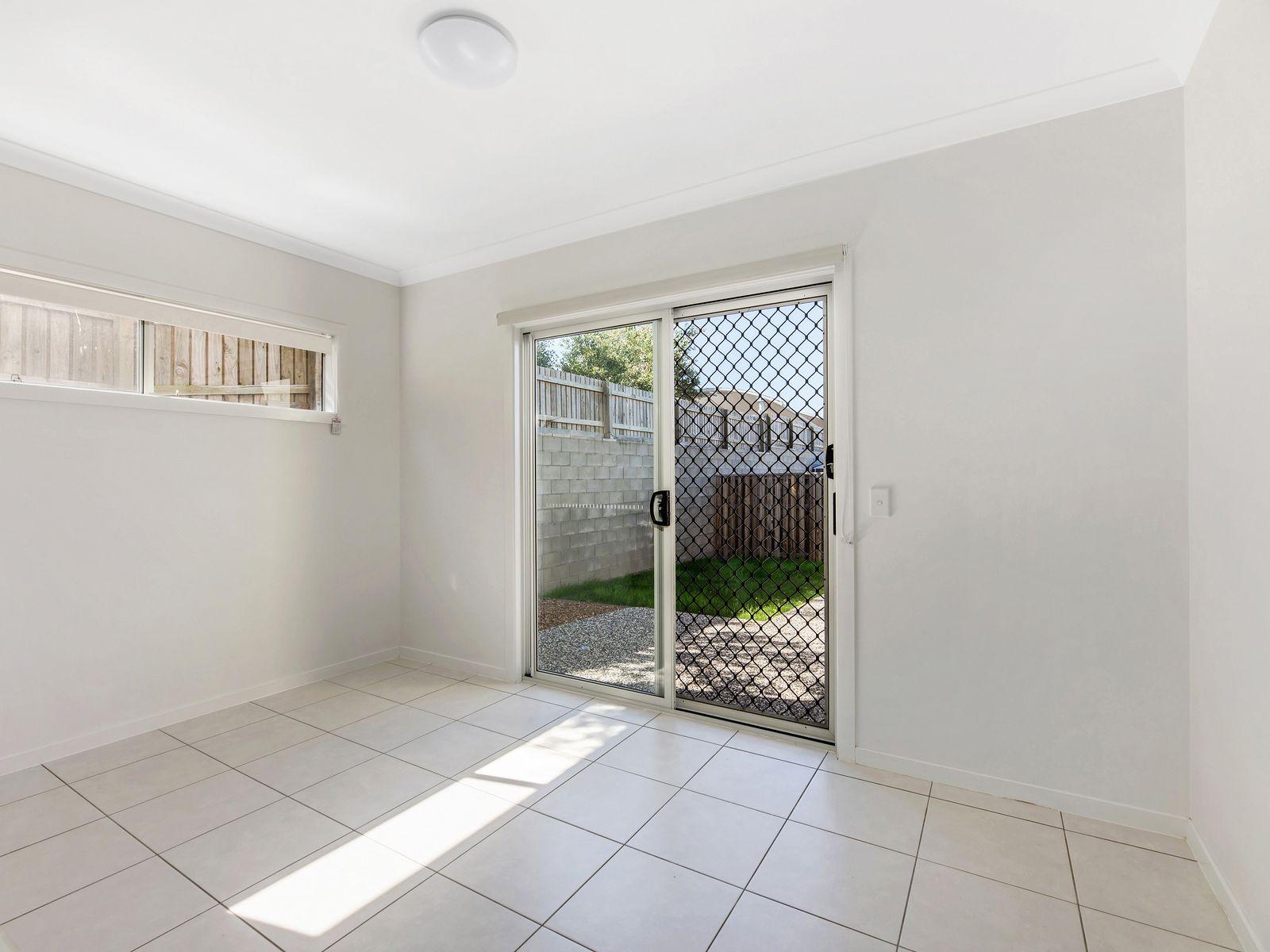 28 Napier Circuit, Silkstone, QLD 4304