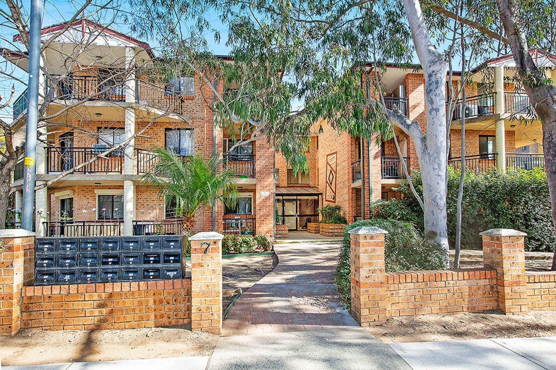 5/3-7 Addlestone Road, Merrylands, NSW 2160