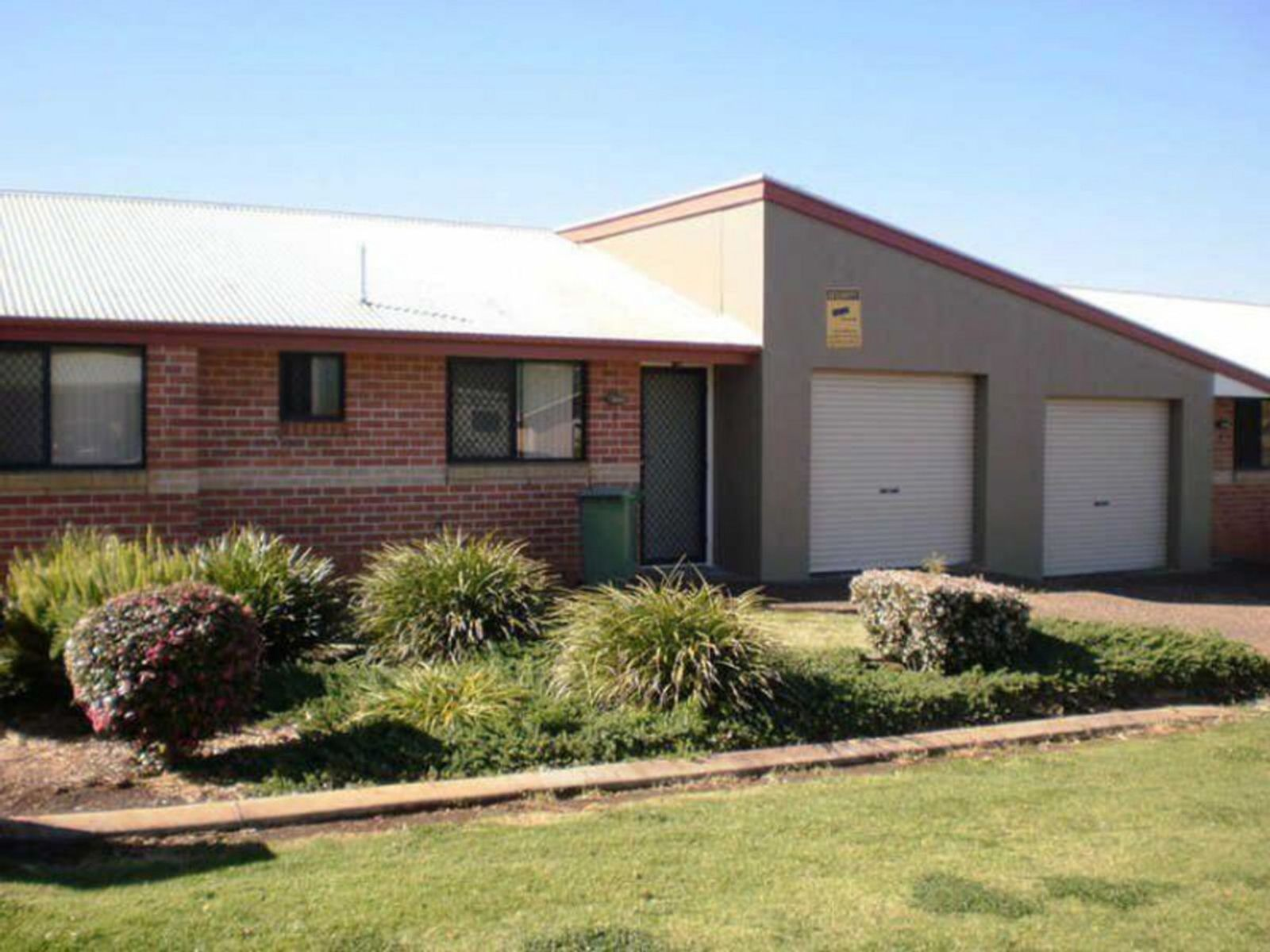 14/15 Donna Court, Kearneys Spring, QLD 4350