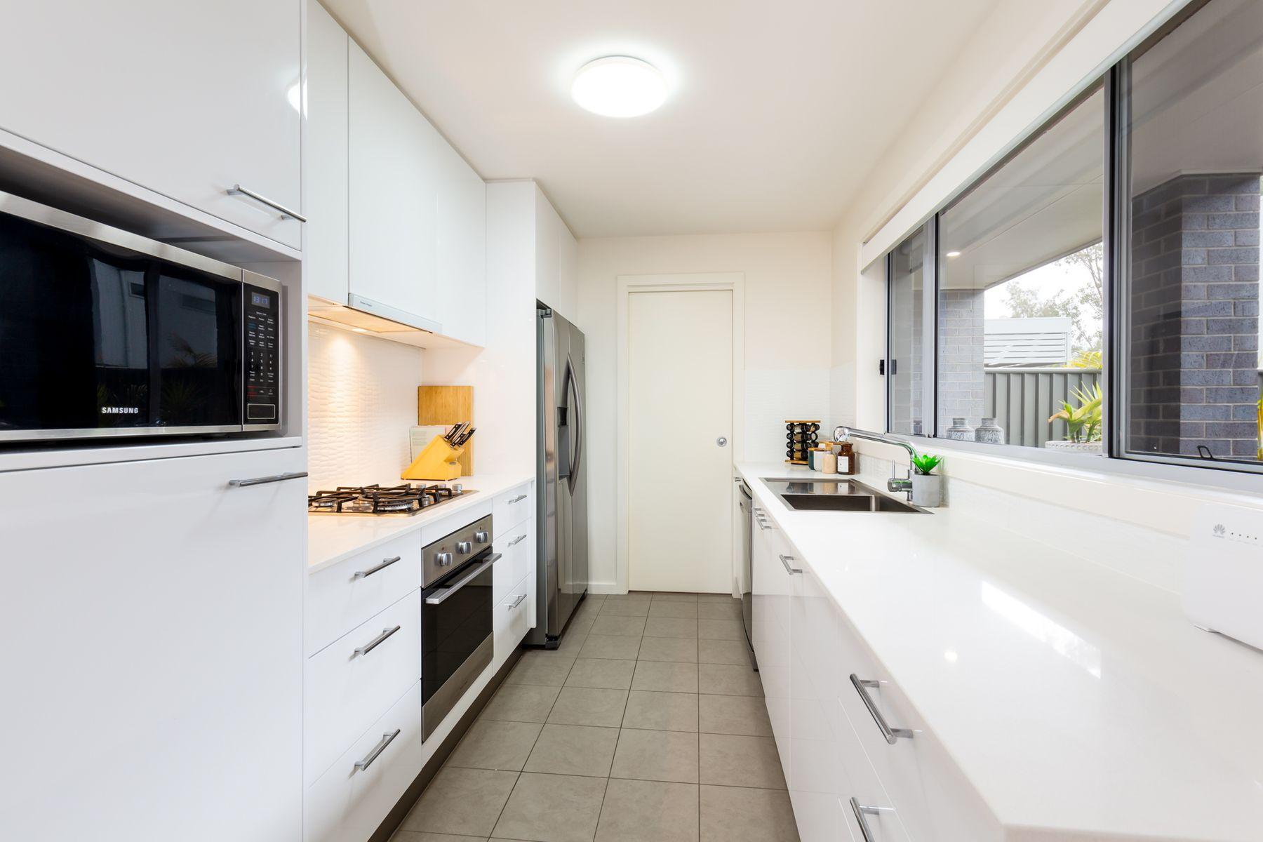 2/36 Queen Street, Warners Bay, NSW 2282