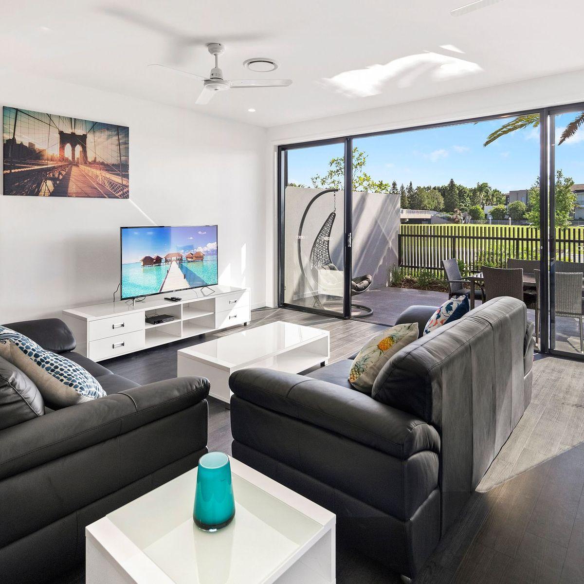 5108 Point Drive, Hope Island, QLD 4212