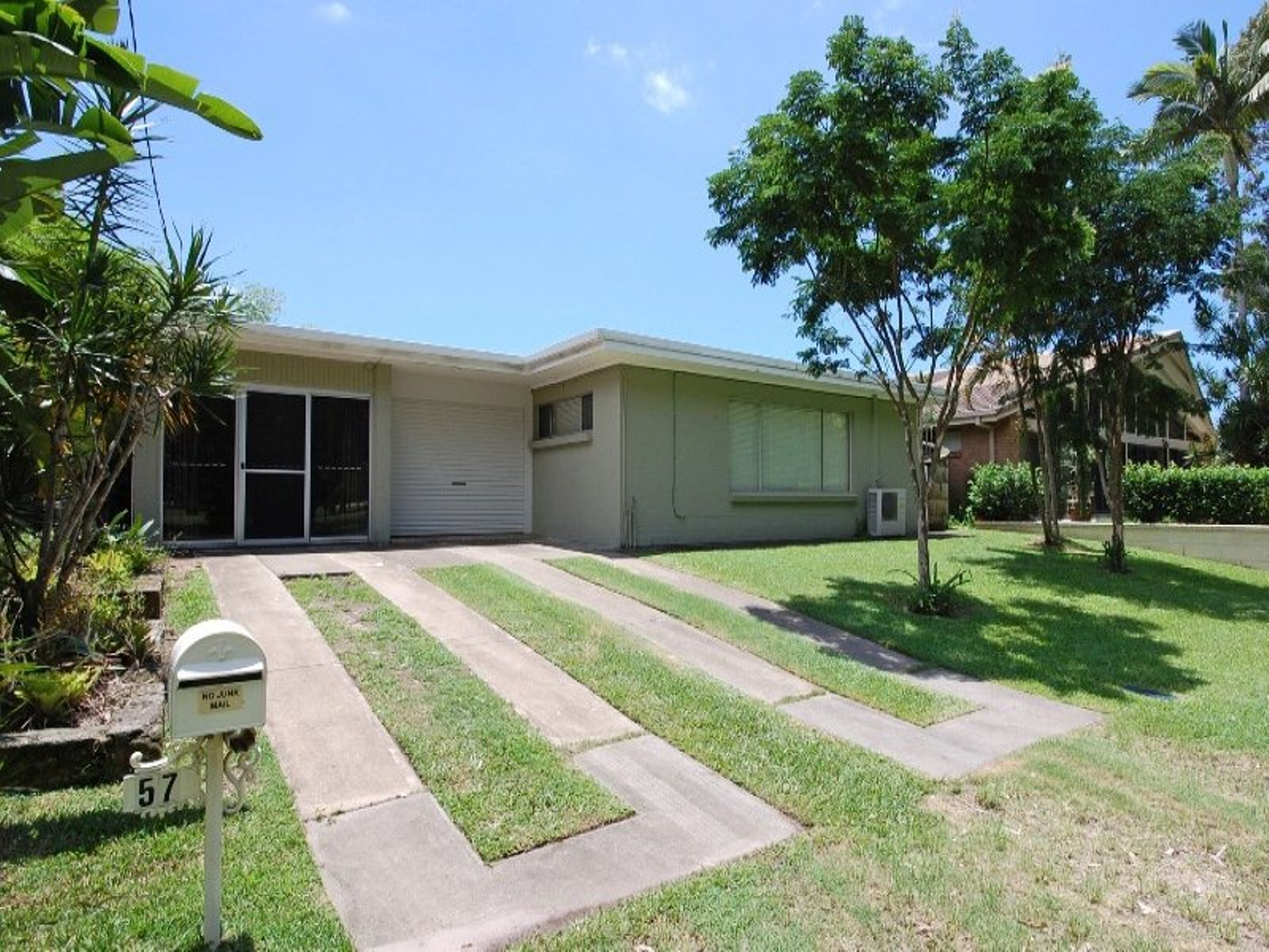 57 Shaw Street, Southport, QLD 4215