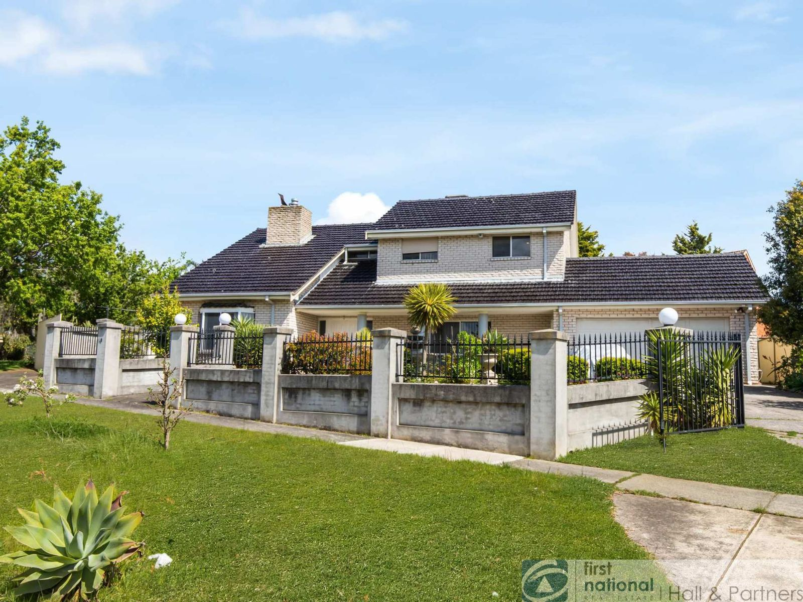 10 Kassan Gardens, Endeavour Hills, VIC 3802
