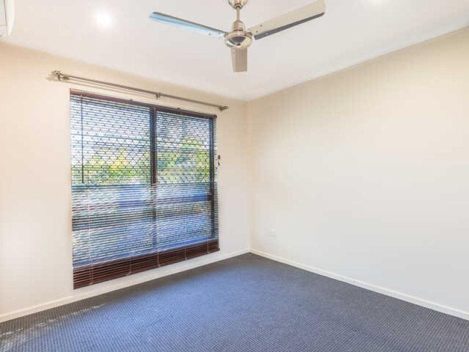 4 Mary Street, West Mackay, QLD 4740
