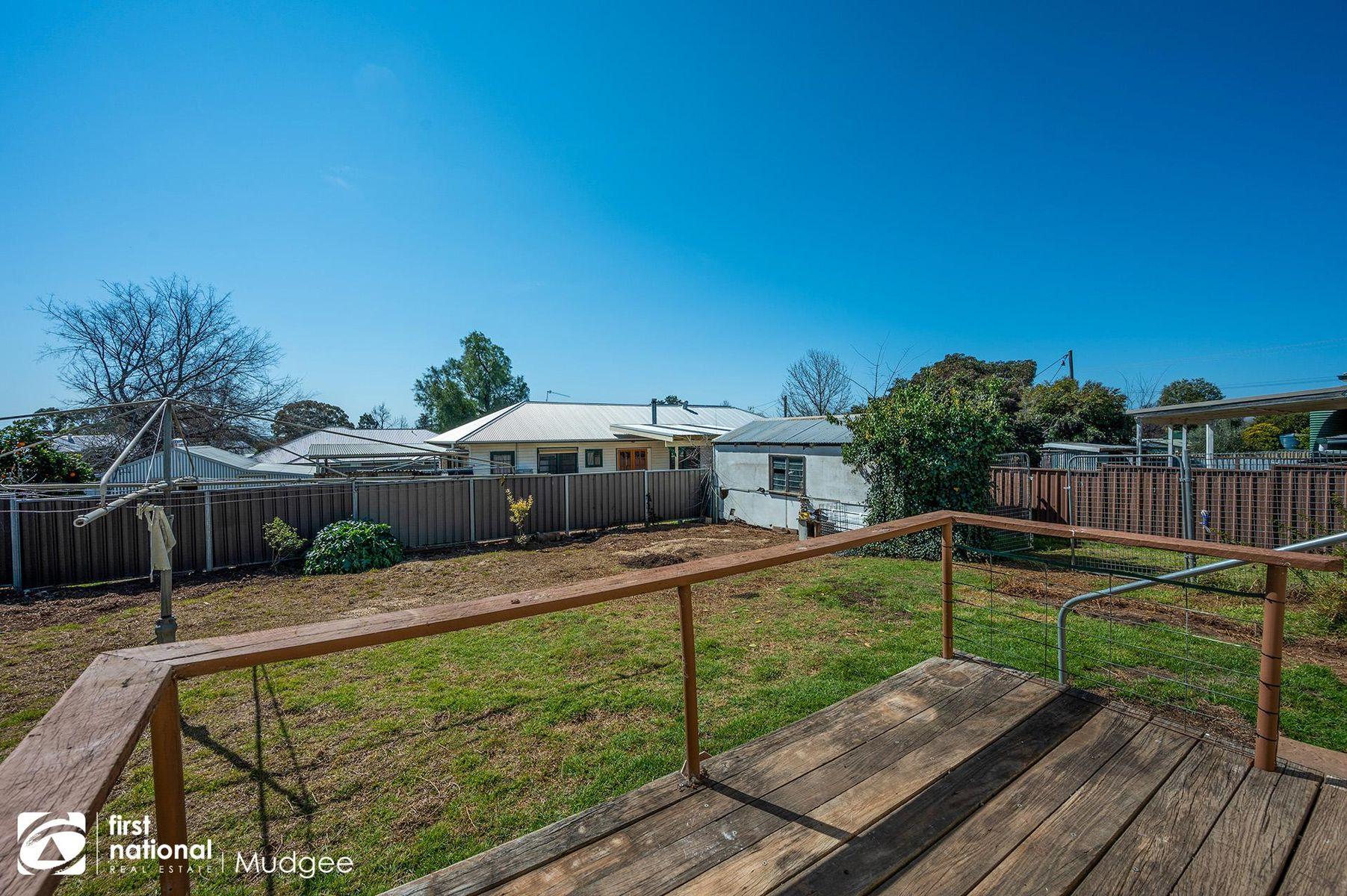 98 Inglis Street, Mudgee, NSW 2850