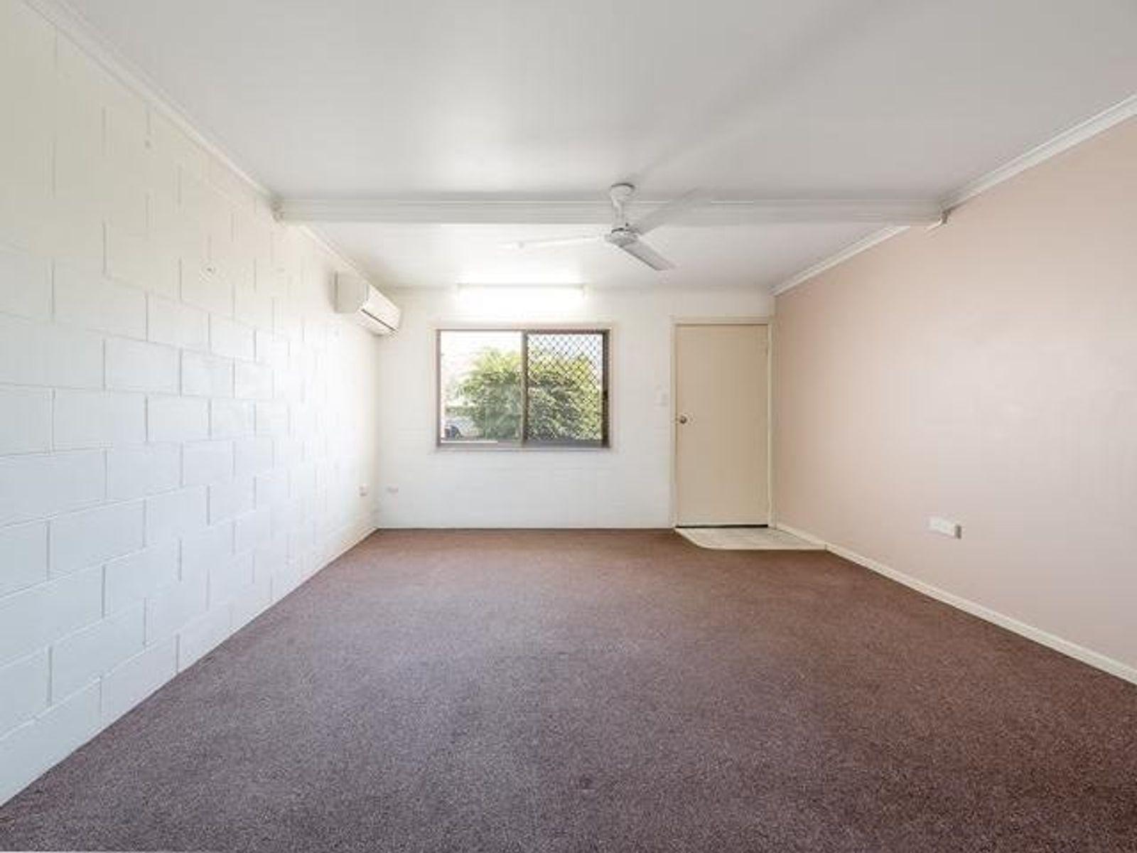 2/4 Graves Street, North Mackay, QLD 4740