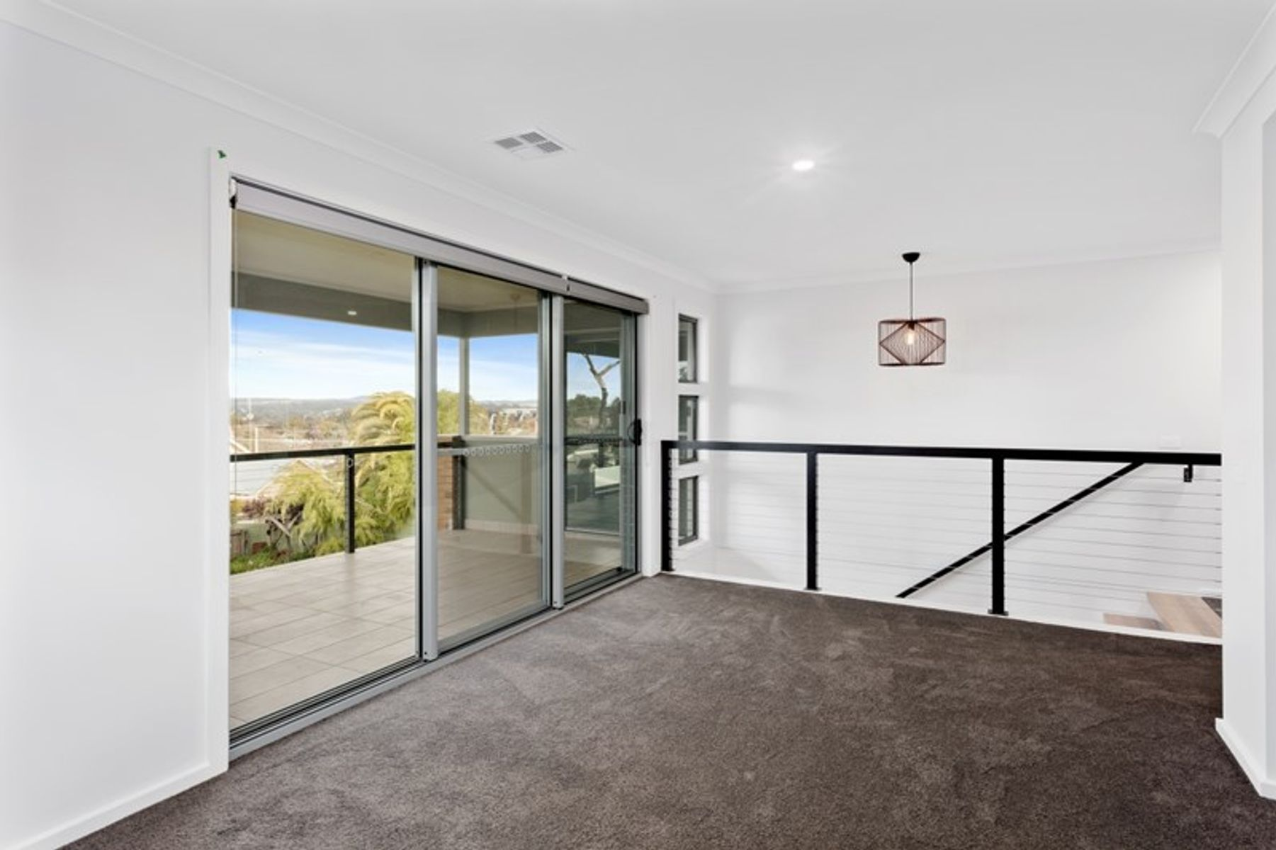 2/60A Honeysuckle Street, Ironbark, VIC 3550