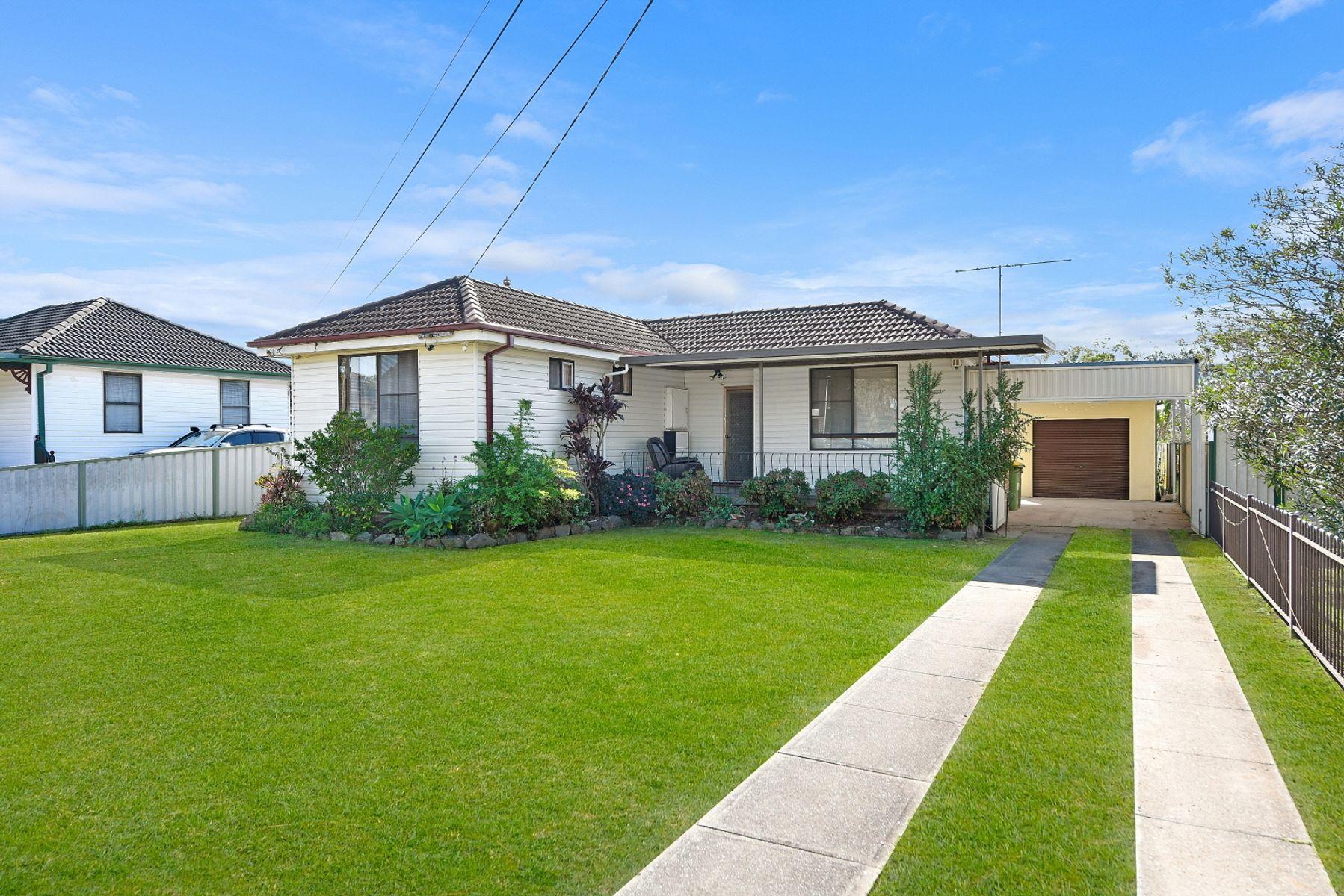 18 Koonawarra Street, Villawood, NSW 2163