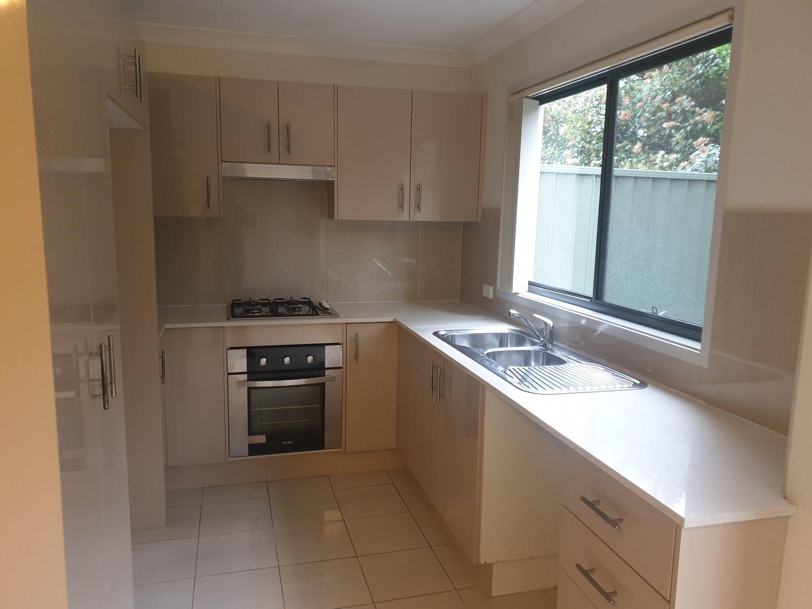 8/26 Luttrell Street, Glenmore Park, NSW 2745