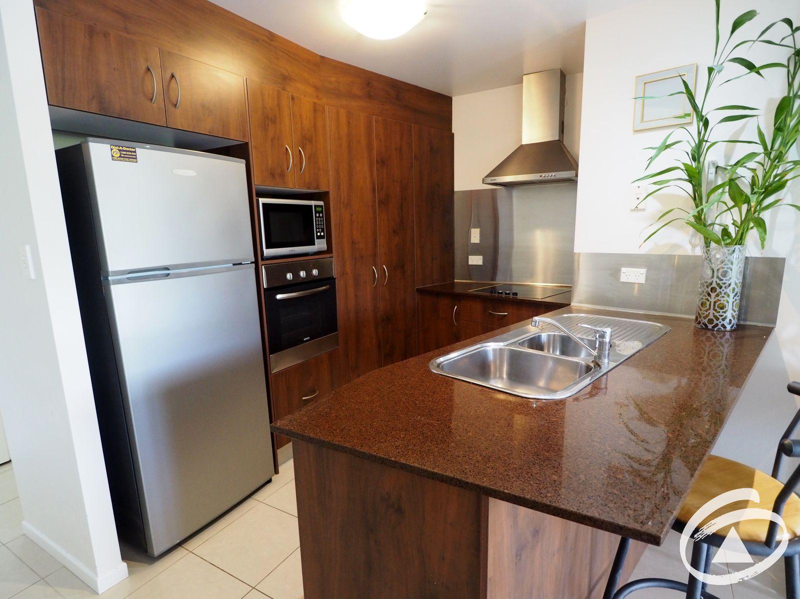 6/351 Lake Street, Cairns North, QLD 4870