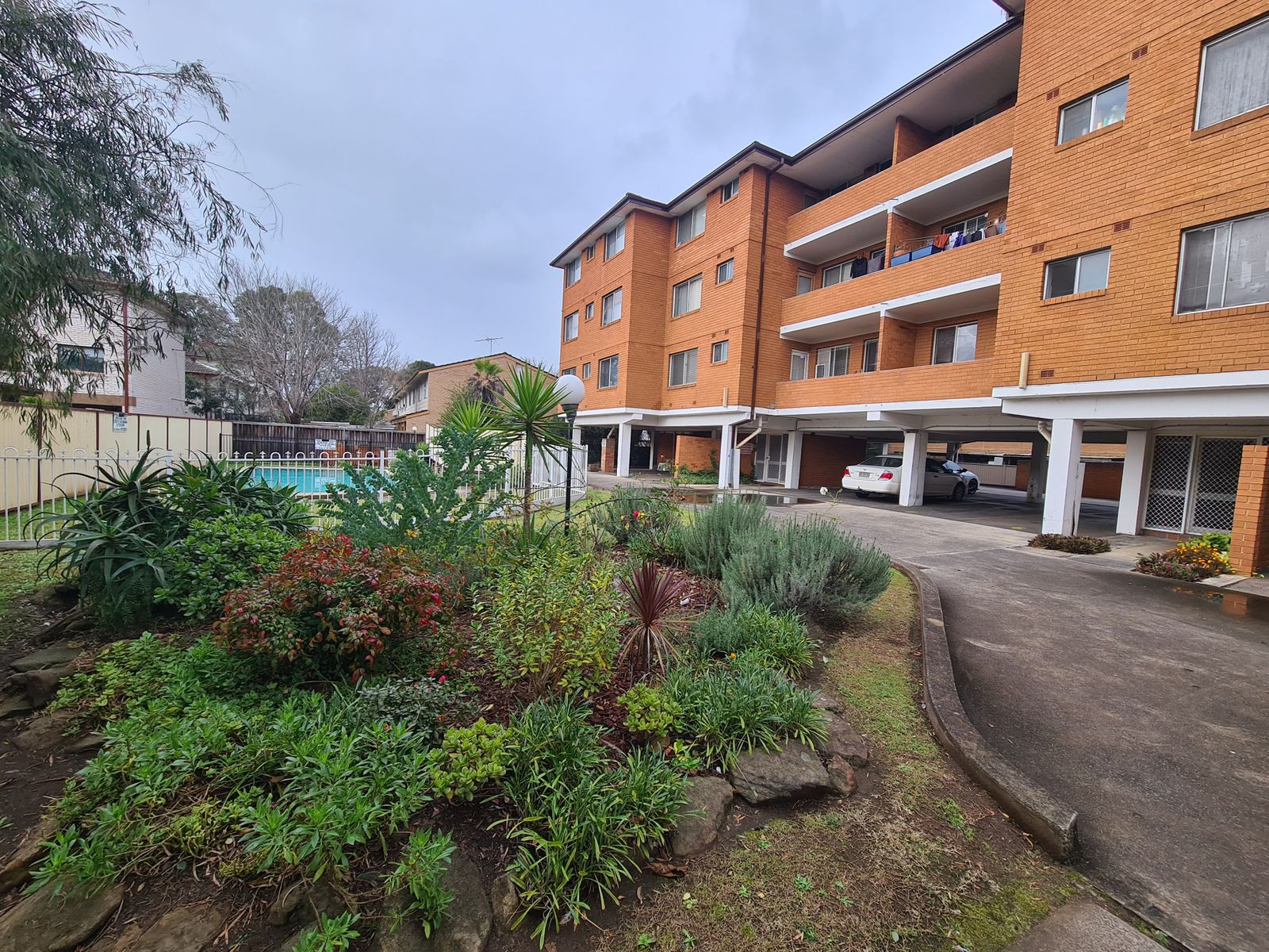 13/10 Clifford Avenue, Canley Vale, NSW 2166