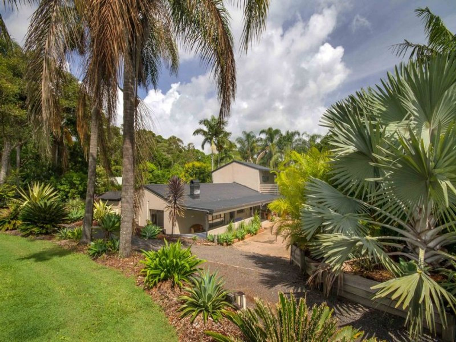 19 Crittenden Road, Glass House Mountains, QLD 4518
