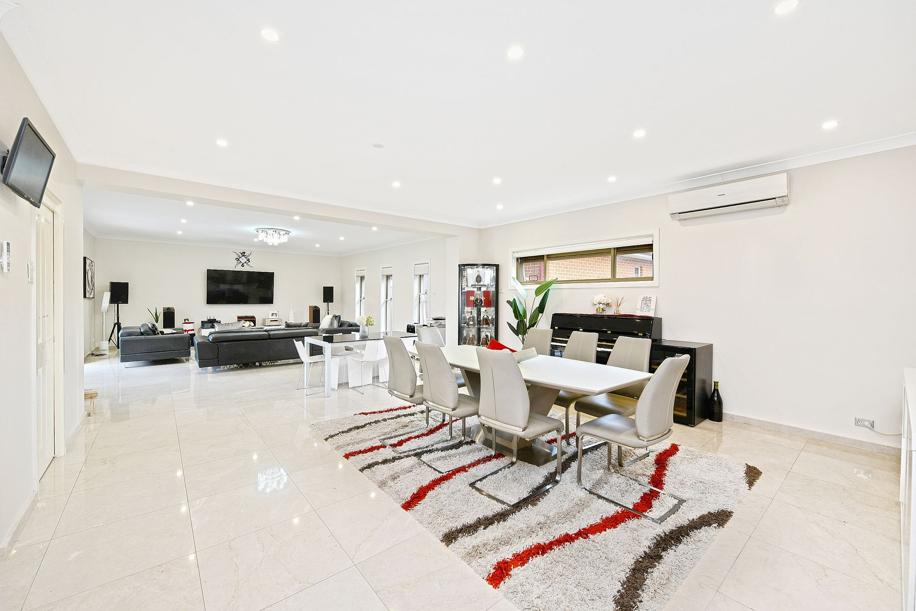 8 Woodland Road, Chester Hill, NSW 2162
